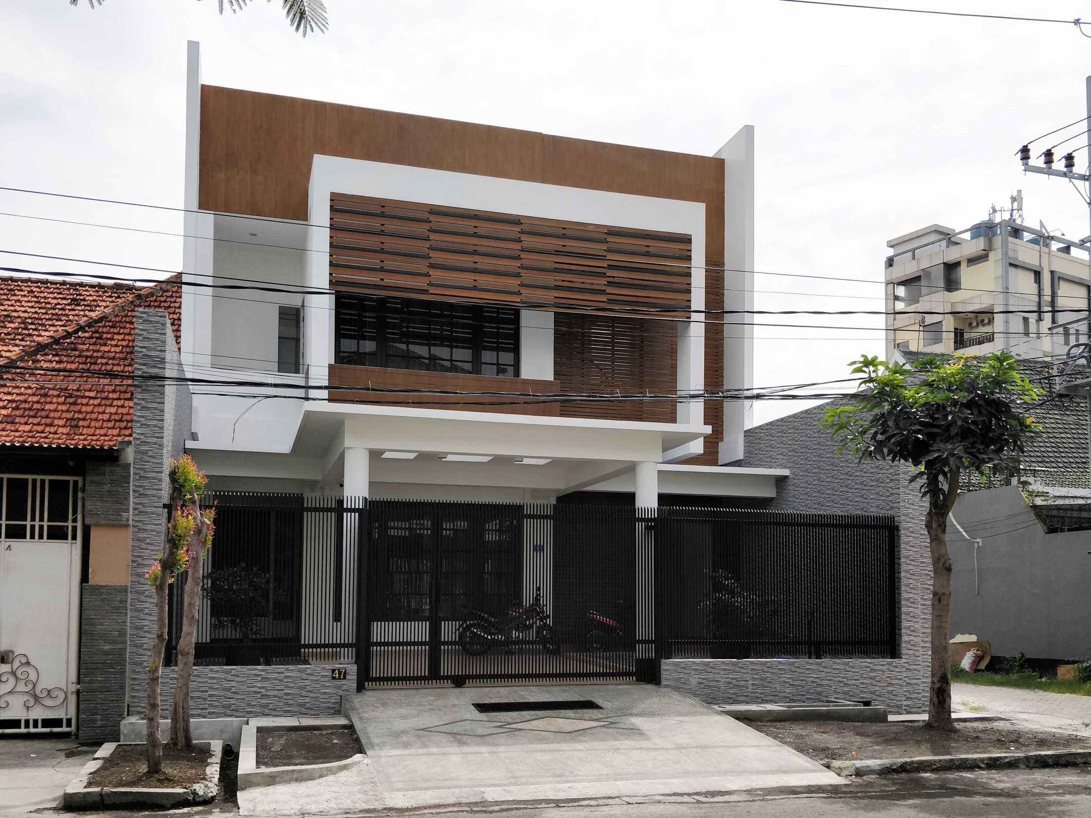 Bramasta Redy Rumah Seruni Surabaya, Kota Sby, Jawa Timur, Indonesia Surabaya, Kota Sby, Jawa Timur, Indonesia Bramasta-Redy-Rumah-Seruni  94619