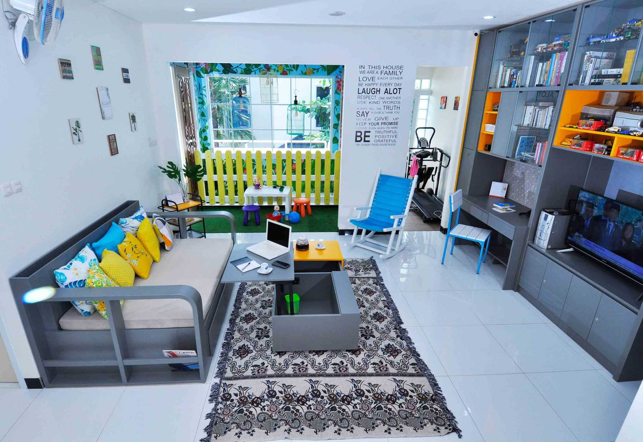 Arsigram Home Interior Built In Jln Alteri Bintaro No.78 Rt 007/001, Bintaro Jaya, Kec. Pd. Aren, Kota Tangerang Selatan, Banten, Indonesia Jln Alteri Bintaro No.78 Rt 007/001, Bintaro Jaya, Kec. Pd. Aren, Kota Tangerang Selatan, Banten, Indonesia Arsigram-Home-Interior-Built-In Modern 82756