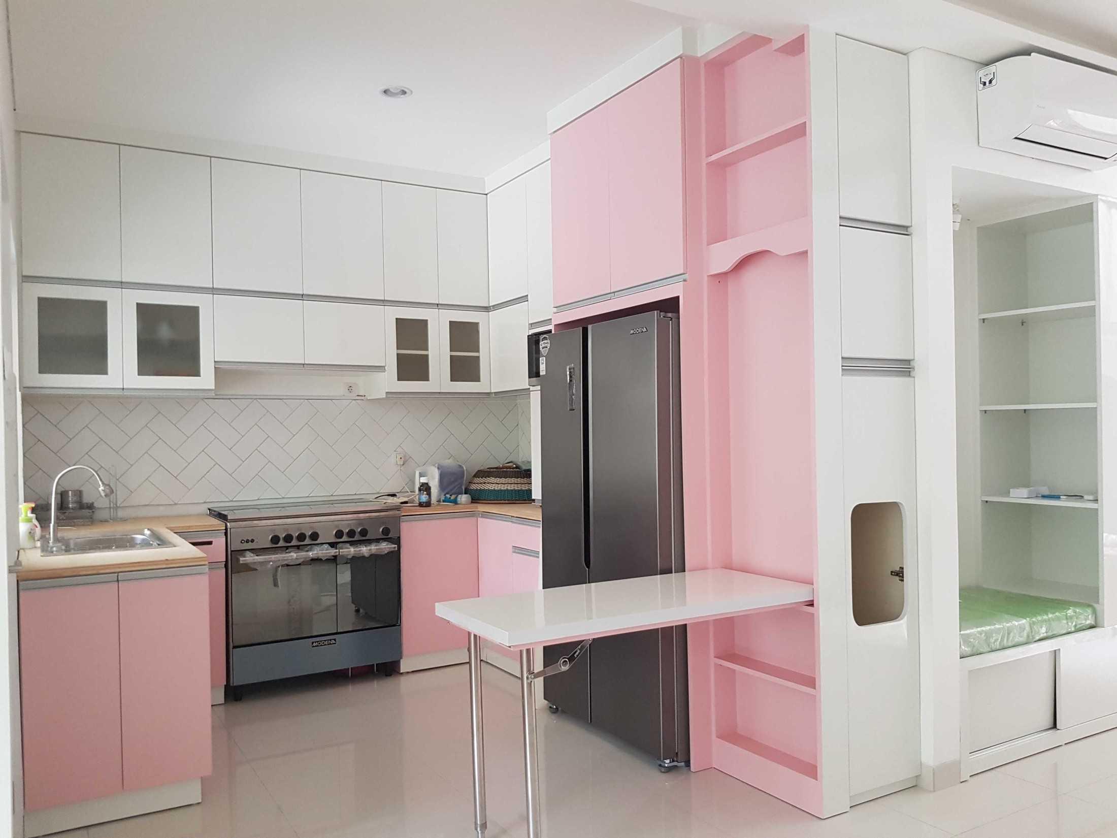 Arsigram Modern Kitchen Bintaro Jaya, Indonesia Bintaro Jaya, Indonesia Arsigram-Modern-Kitchen  103011