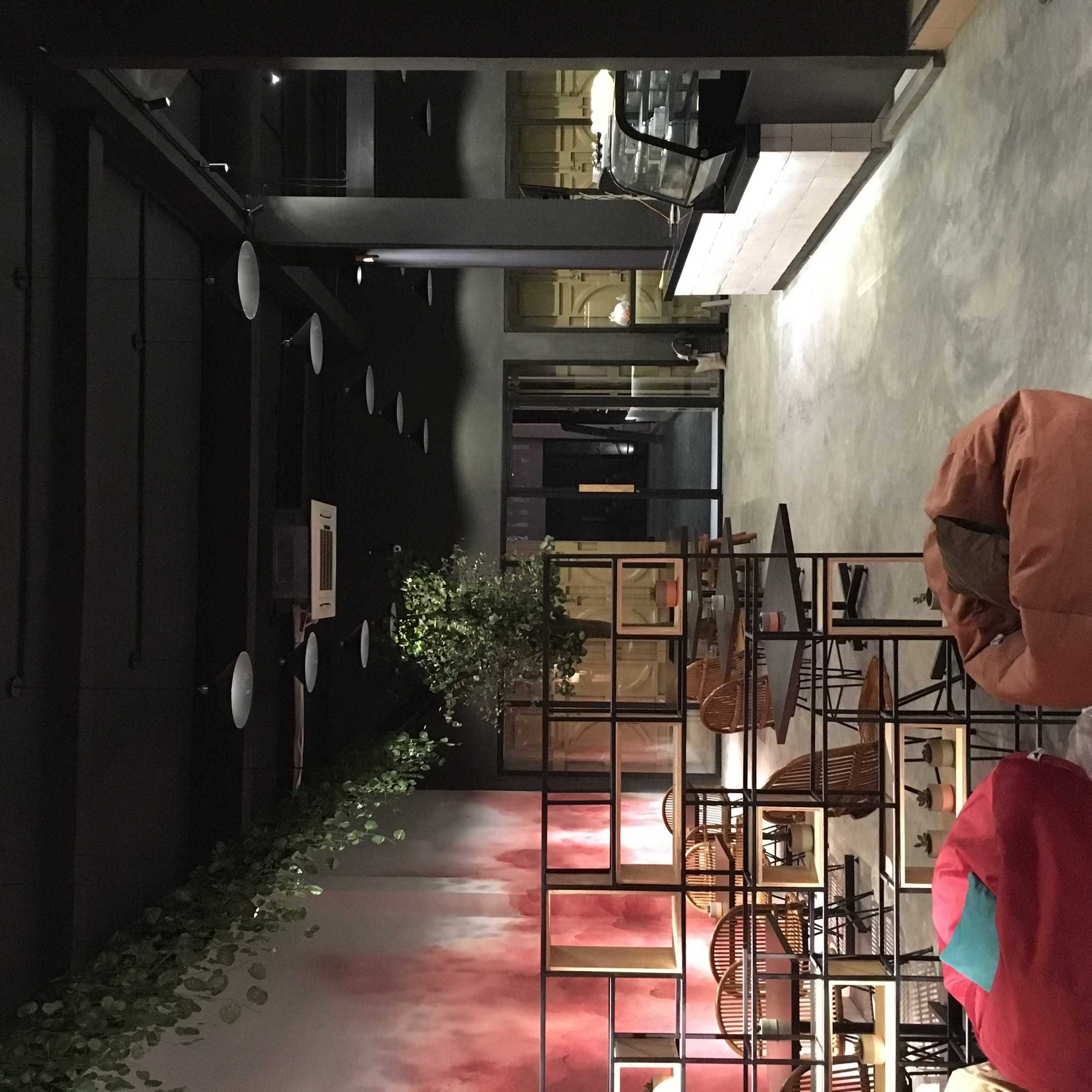 Studio Alo Duklu Coffee Medan, Kota Medan, Sumatera Utara, Indonesia Medan, Kota Medan, Sumatera Utara, Indonesia Studio-Alo-Duklu-Coffee  120887