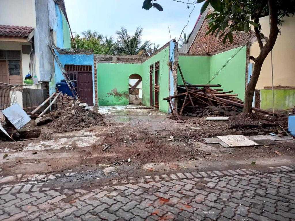 Arif Rahman Hakim, St Rumah Tinggal Cilegon, Kota Cilegon, Banten, Indonesia Cilegon, Kota Cilegon, Banten, Indonesia Arif-Rahman-Hakim-St-Rumah-Tinggal  106473