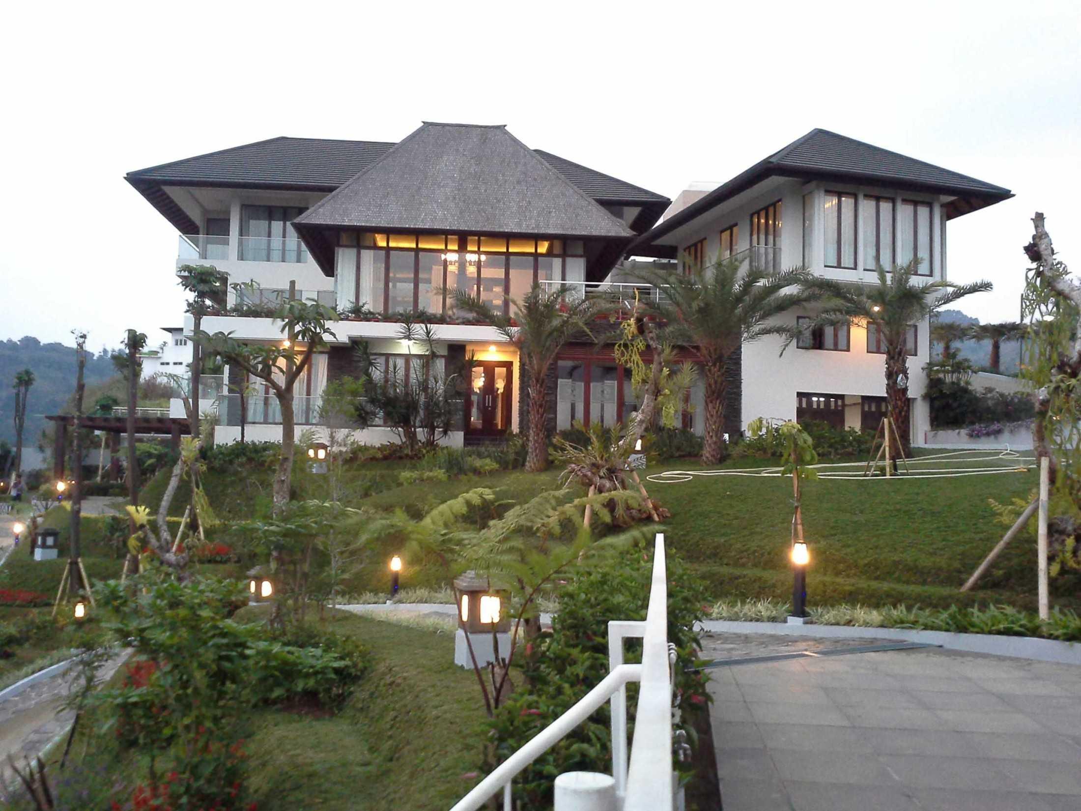 Mata Air Persada Jl. Dago Pakar, Bandung Bandung, Jawa Barat, Indonesia Bandung, Jawa Barat, Indonesia Mata-Air-Persada-Dago-Pakar-Bandung  64656