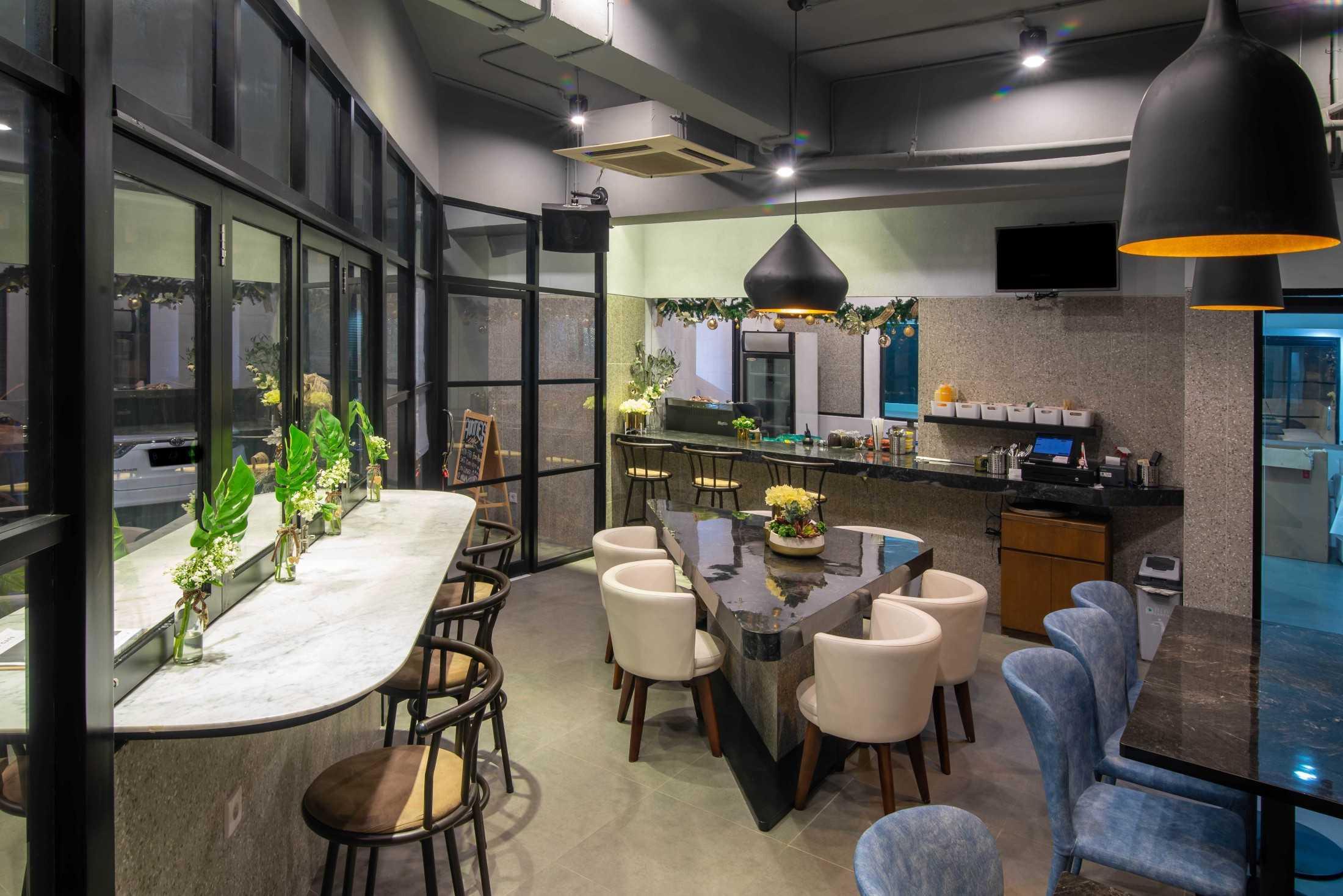 Archid Design&build Auntie's Kitchen Sunter, Indonesia Sunter, Indonesia Archid-Design-Build-Aunties-Kitchen  87900