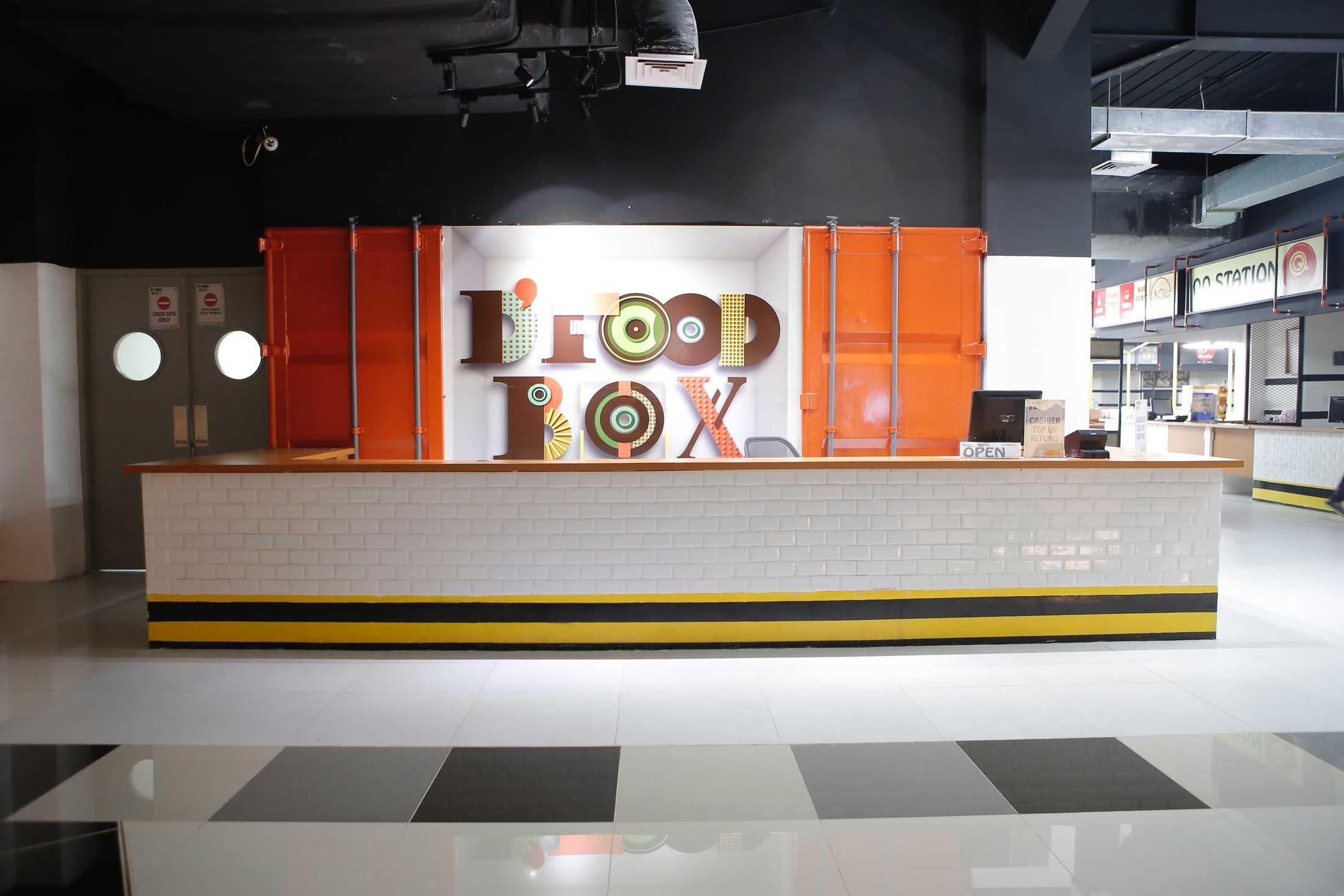 Home By Fabelio.com D'mall Food Court Jl. Margonda Raya, Kemiri Muka, Beji, Kota Depok, Jawa Barat, Indonesia Jl. Margonda Raya, Kemiri Muka, Beji, Kota Depok, Jawa Barat, Indonesia Home-By-Fabeliocom-Dmall-Food-Court  64944