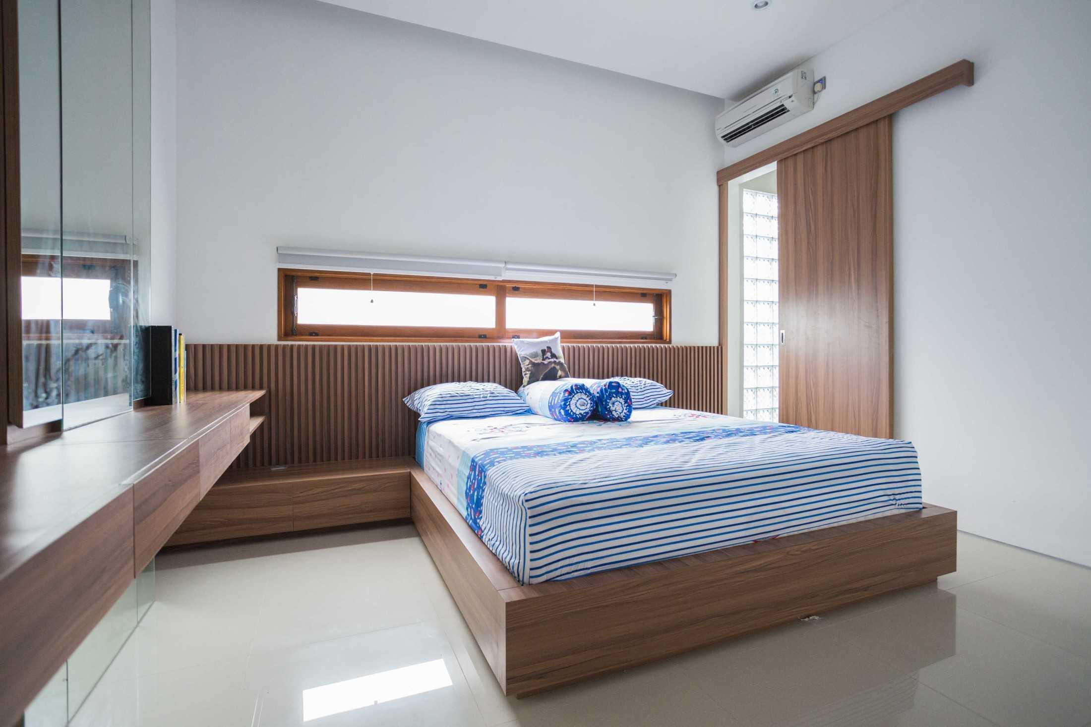 Guntur Haryadi Architecture Studio Ni House Depok, Kota Depok, Jawa Barat, Indonesia Depok, Kota Depok, Jawa Barat, Indonesia Guntur-Haryadi-Architecture-Studio-Ni-House  62616