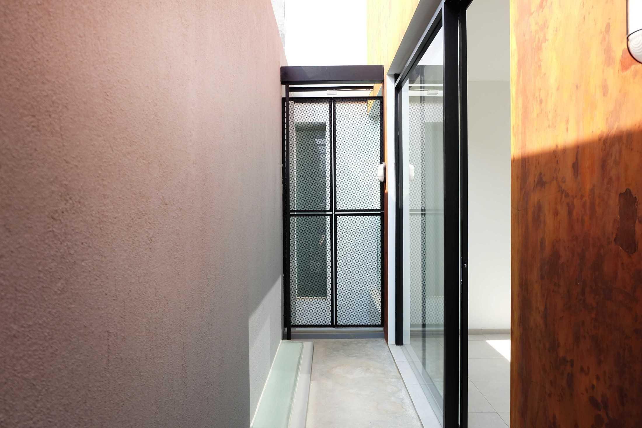 Dica Selaras 105 House Antapani, Kota Bandung, Jawa Barat, Indonesia Antapani, Kota Bandung, Jawa Barat, Indonesia Dica-Selaras-105-House  62322