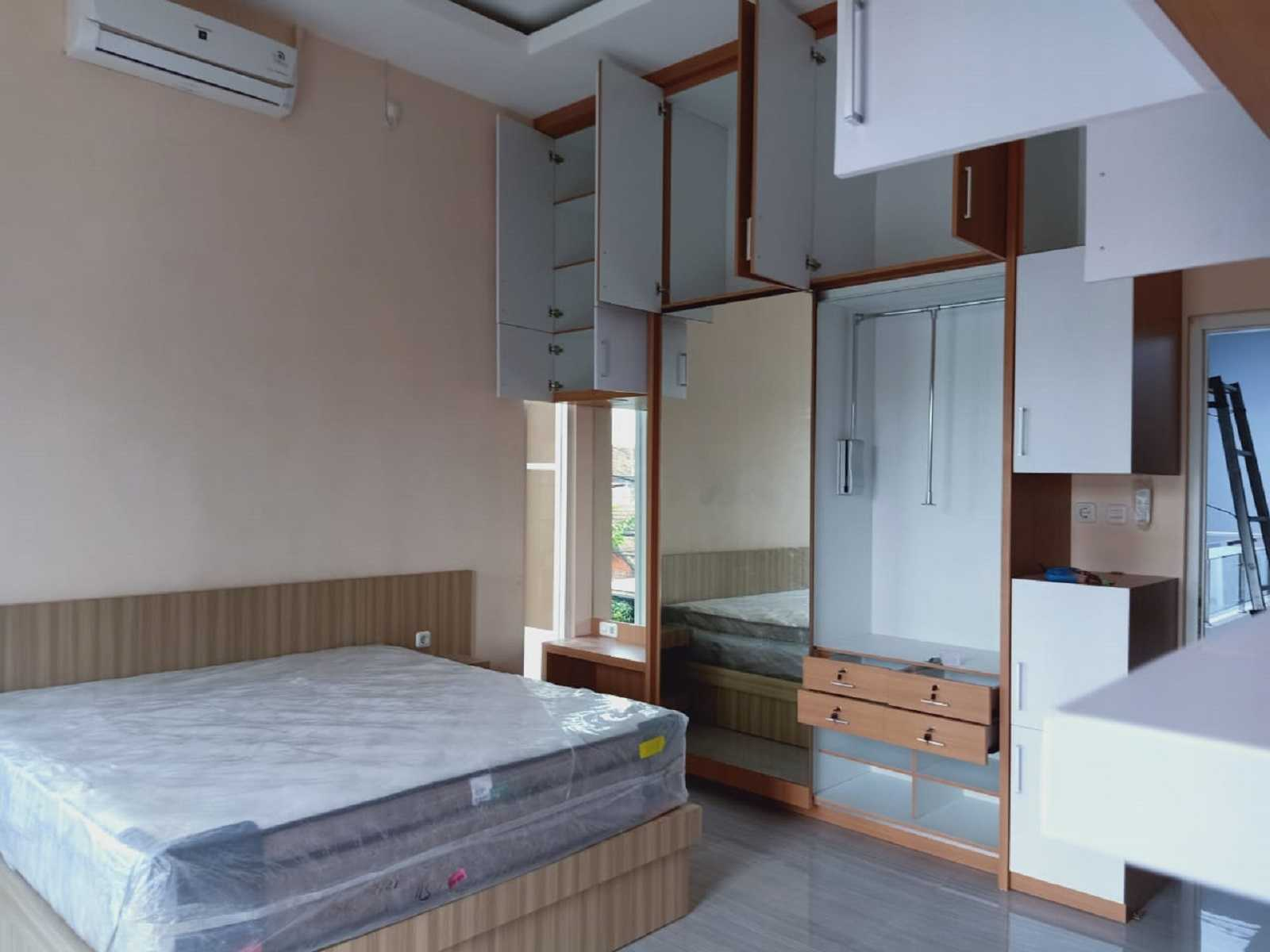 Metom Design Rumah Ibu Dian Y Malang, Kota Malang, Jawa Timur, Indonesia Malang, Kota Malang, Jawa Timur, Indonesia Metom-Design-Interior-Ibu-Dian-Y  98933