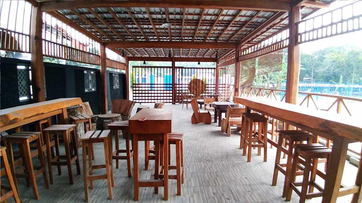 Interior Warung Bakso Minimalis Rumah Joglo Limasan Work