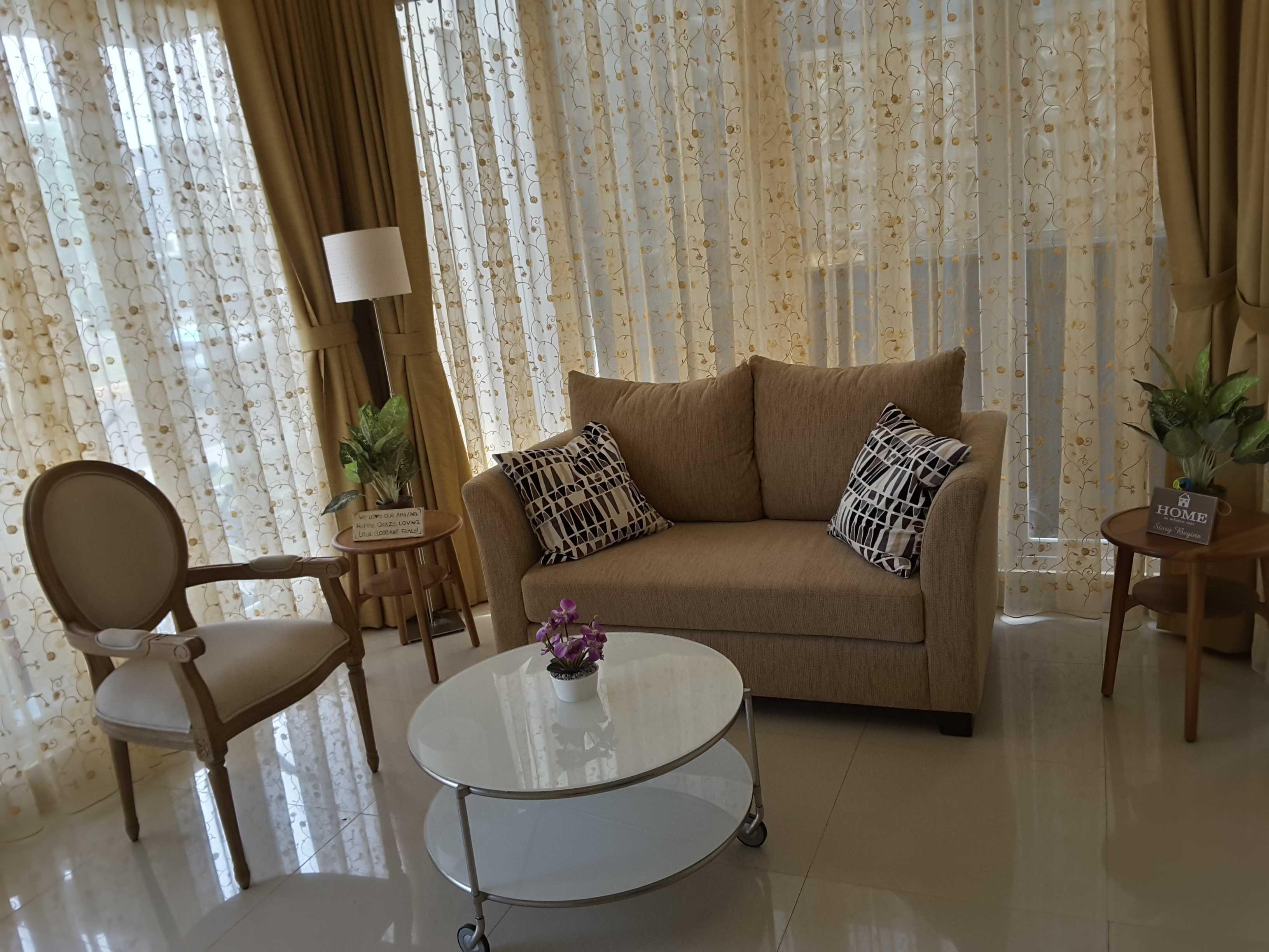 Vaastu Studio Monochrome Interior House At Tambun Bekasi Bekasi Guest Room   26497