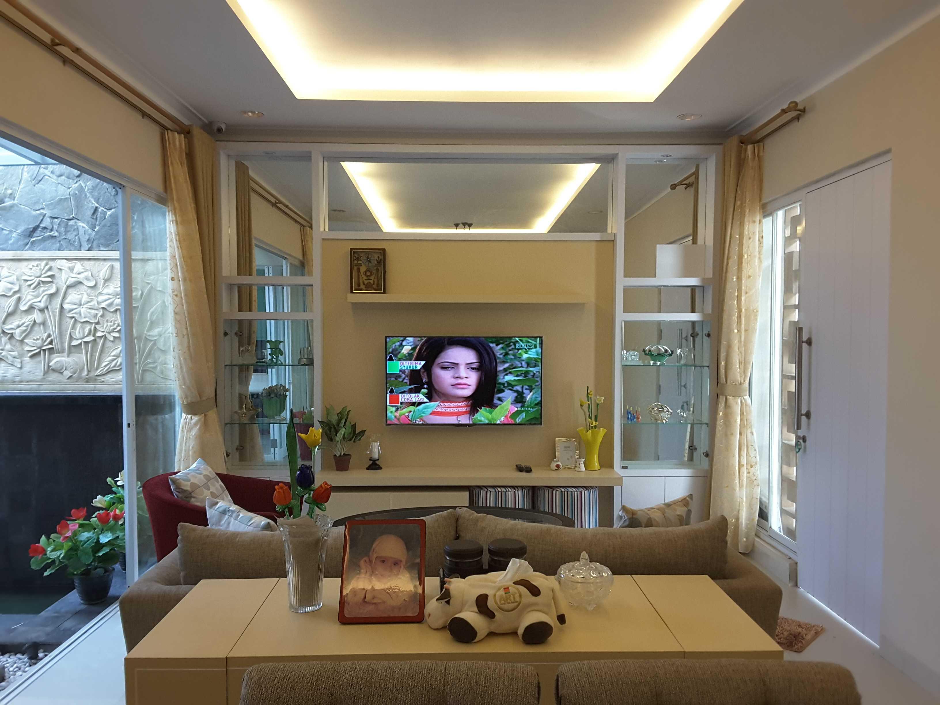 Vaastu Studio Monochrome Interior House At Tambun Bekasi Bekasi Living Room   26503
