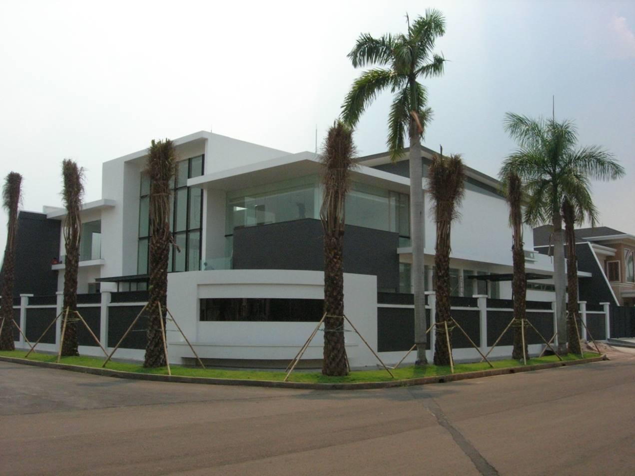 Bk Architects House At Kebon Jeruk Intercone Jakarta Jakarta Facade   1755