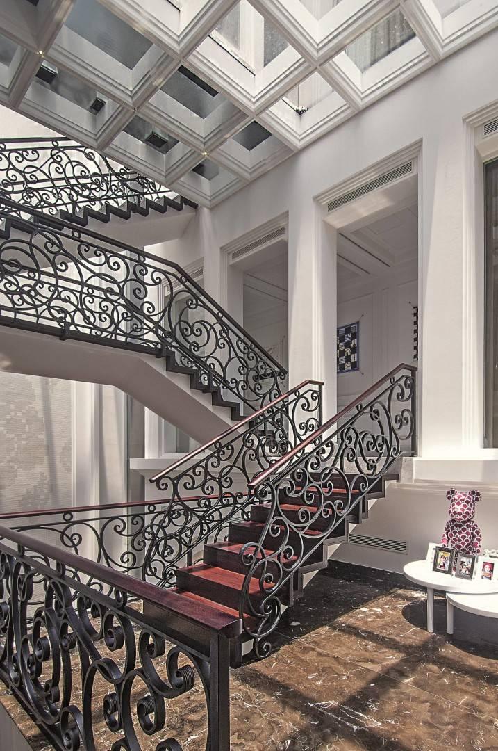 Bk Architects House At Kuningan Jakarta Jakarta Stairs Klasik  1770