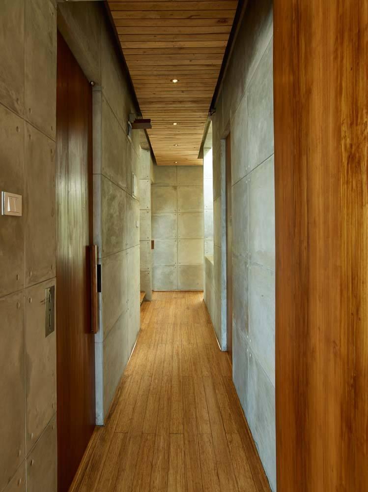 Raw Architecture Bare Minimalist Jakarta, Indonesia Jakarta, Indonesia Corridor Minimalis  1519