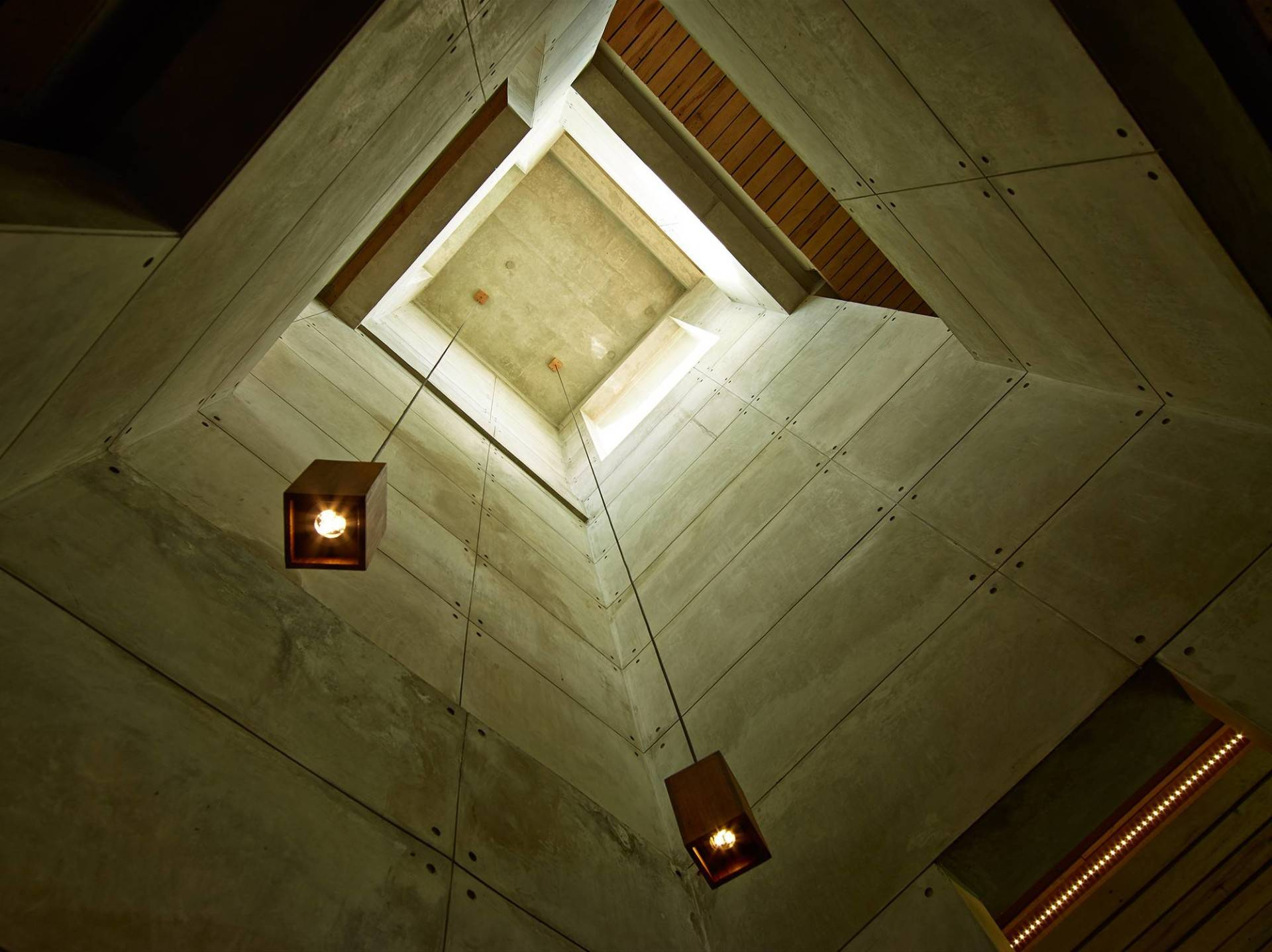 Raw Architecture Bare Minimalist Jakarta, Indonesia Jakarta, Indonesia Ceiling   1550