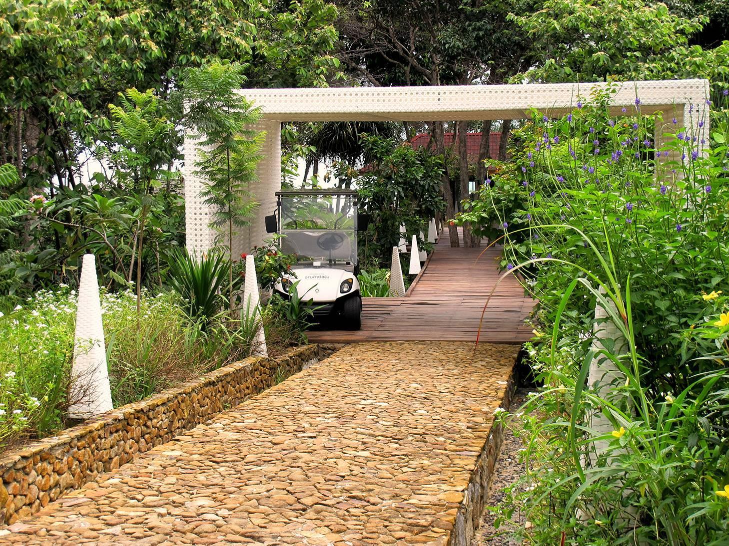 Raw Architecture Arumdalu Belitung Belitung Entrance Gate Tropis  1635