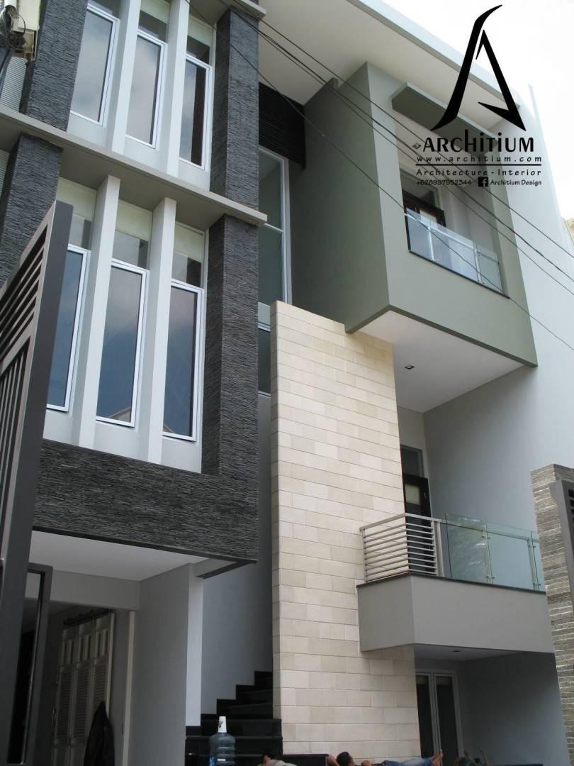 Architium Design House At Kelapa Gading Jakarta Jakarta Front View   2244