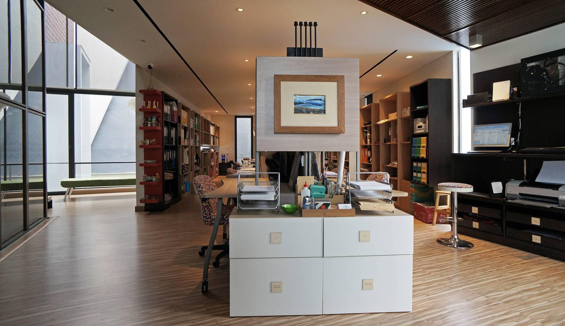 Sonny Sutanto Architects Sonny Sutanto Architects New Office Sunter, North Jakarta, Indonesia Sunter, North Jakarta, Indonesia Architects Working Area   2110