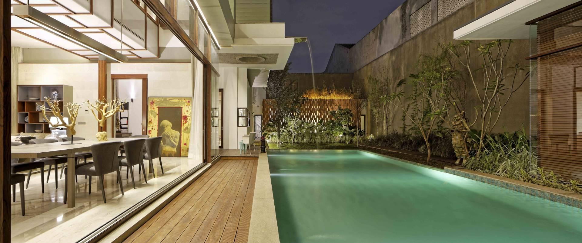 Atelier Cosmas Gozali Denpasar Residence At Kuningan Jakarta, Indonesia Jakarta, Indonesia Swimming Pool View  <P>Photo By Fernando Gomulya</p> 2277