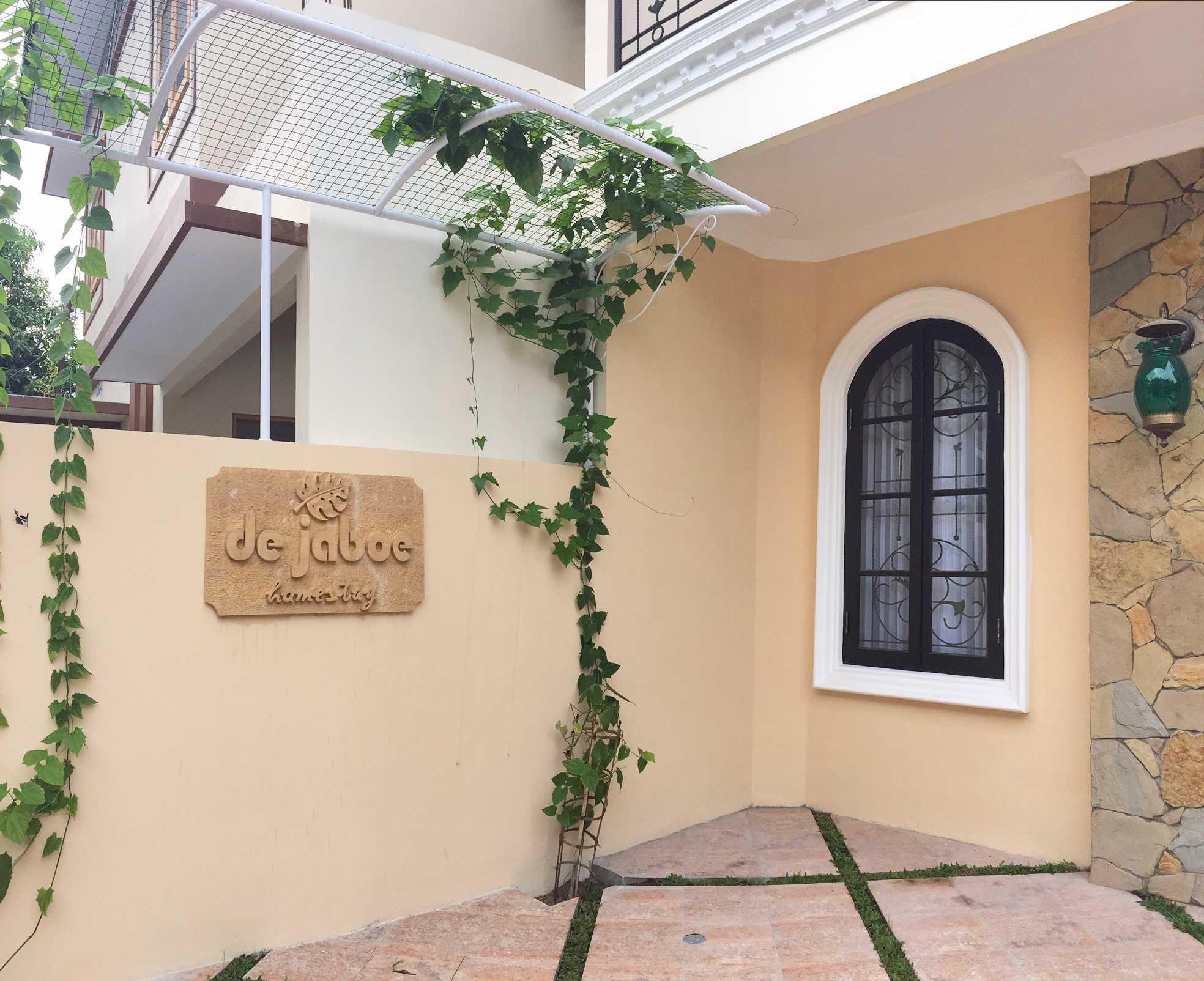 Khakimatta Architects Dejaboe Homestay Seturan Yogyakarta Seturan Yogyakarta Front   21220