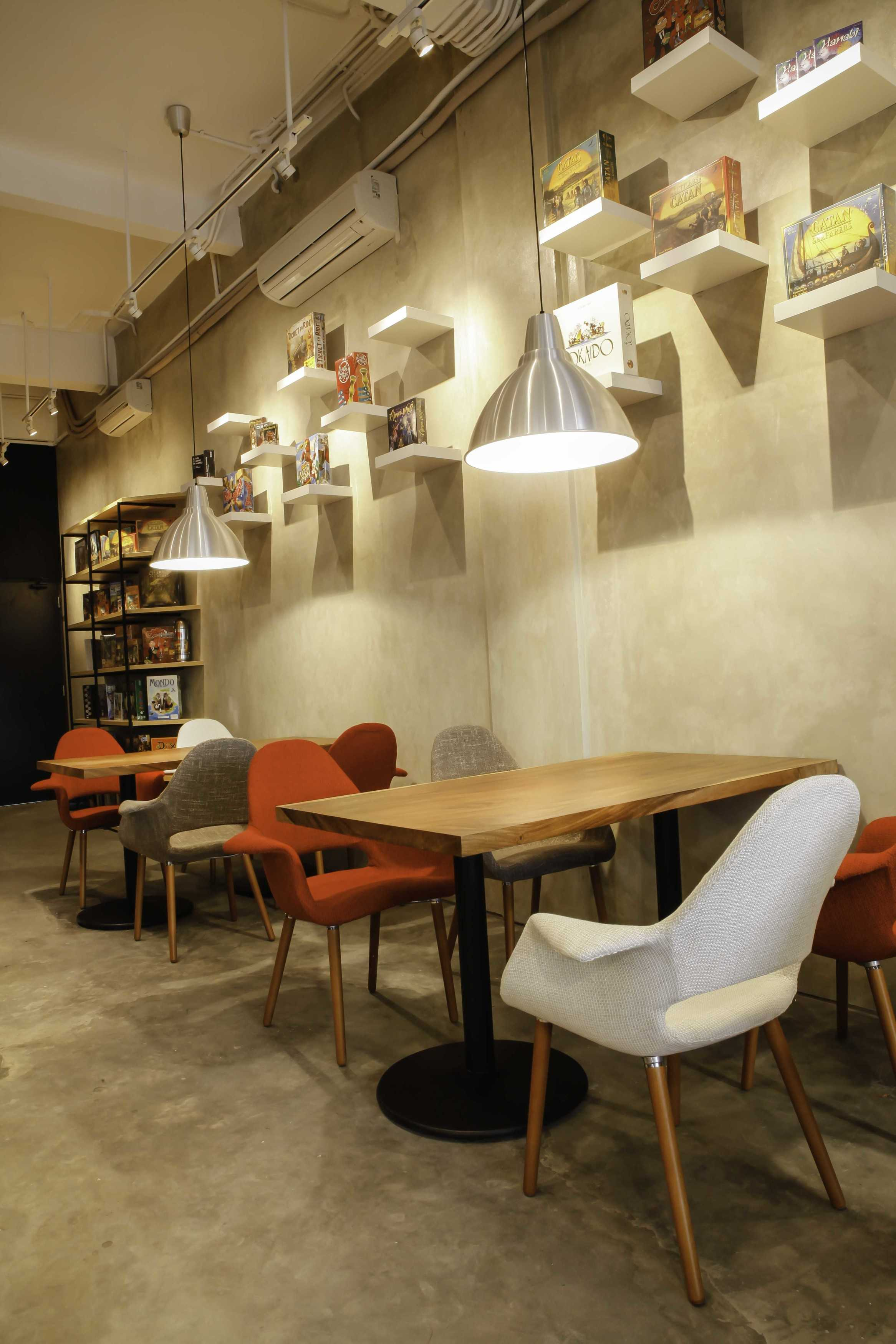 Design Intervention The Bunker Gading Serpong Gading Serpong Seating Area   16718