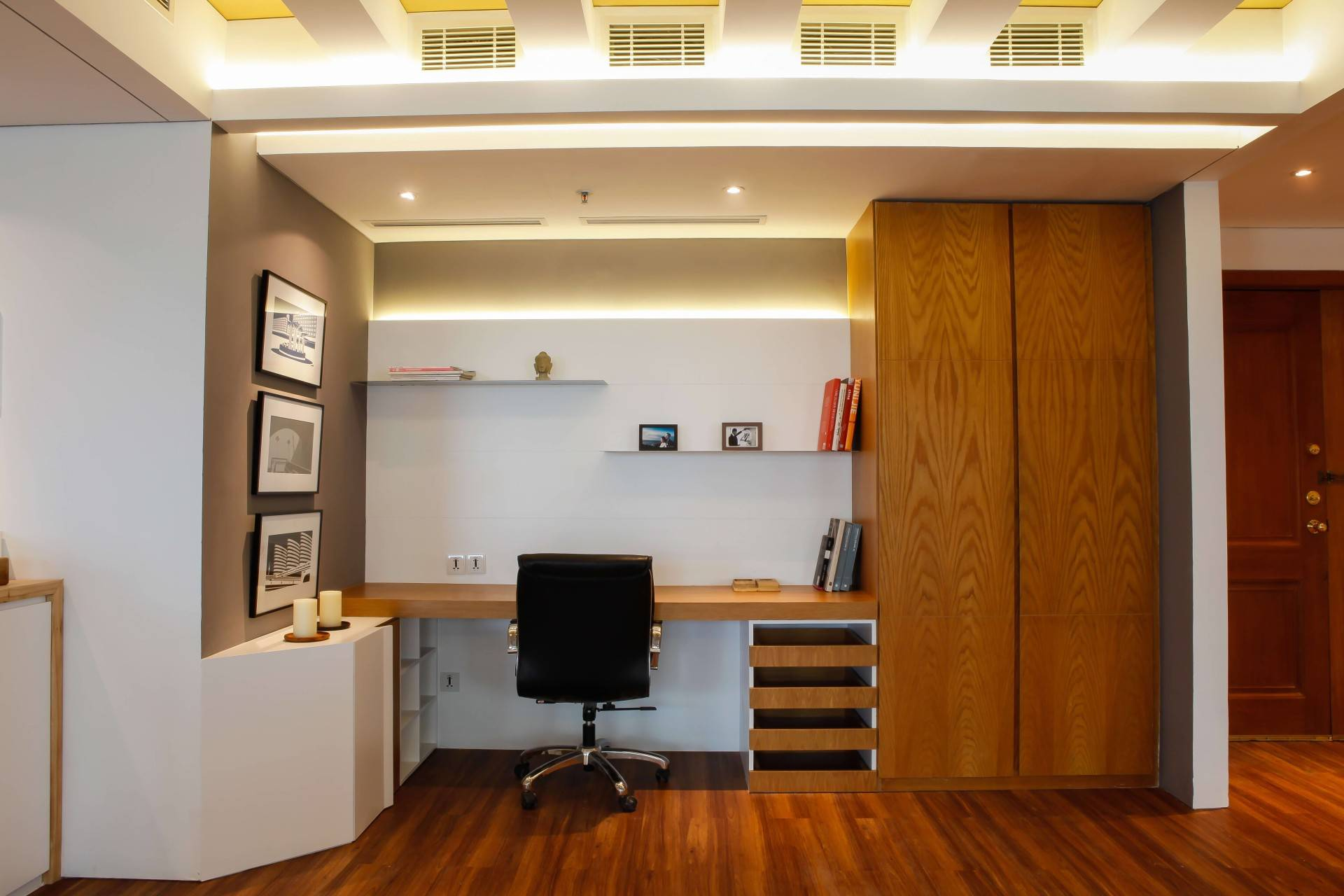 Design Intervention Pavilion Apartment At Kh Mas Mansyur Jakarta Jakarta Work Room Minimalis,modern,industrial,glass  2587