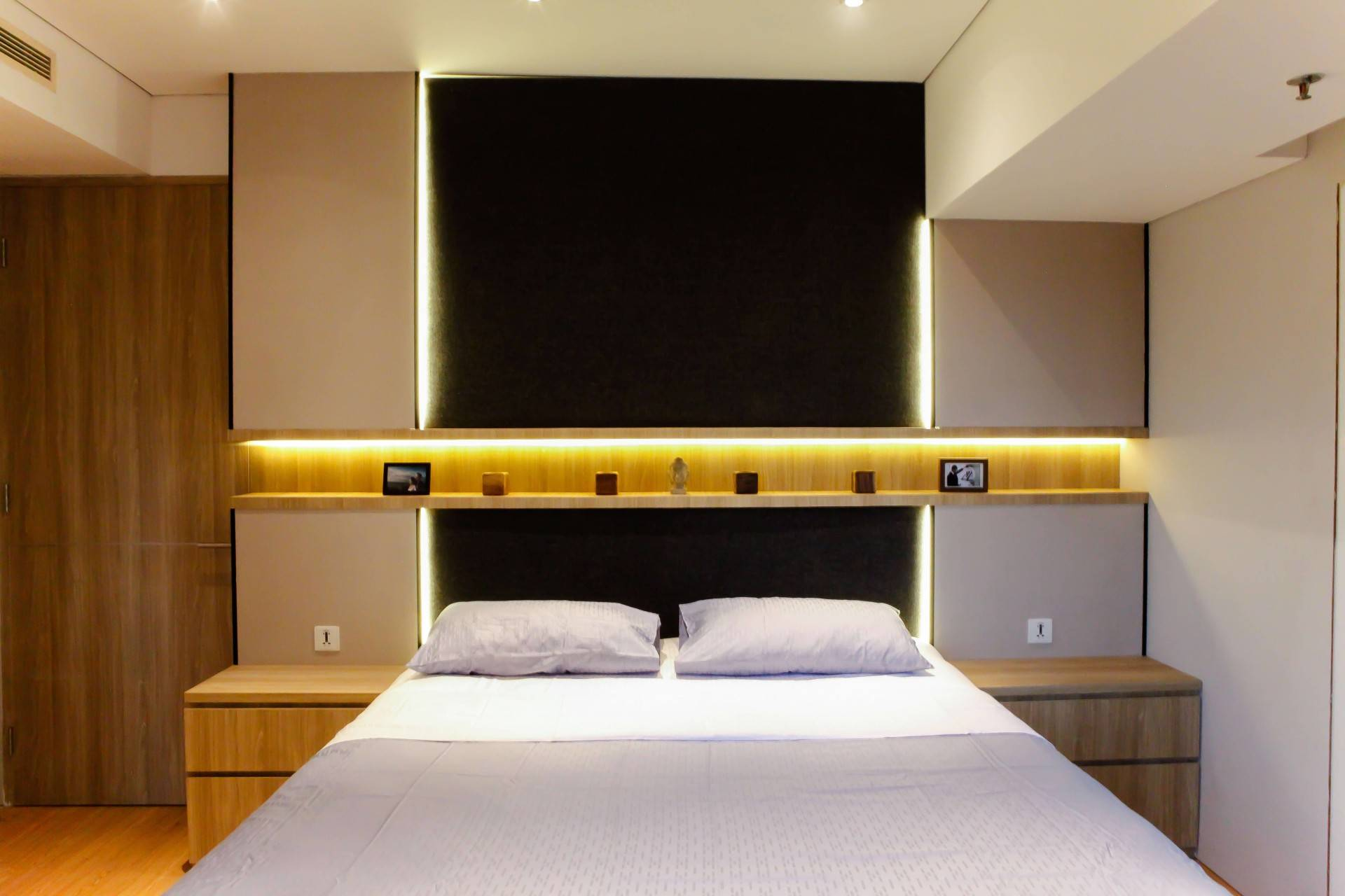 Design Intervention Pavilion Apartment At Kh Mas Mansyur Jakarta Jakarta Bedroom Minimalis,modern,industrial,glass  2590