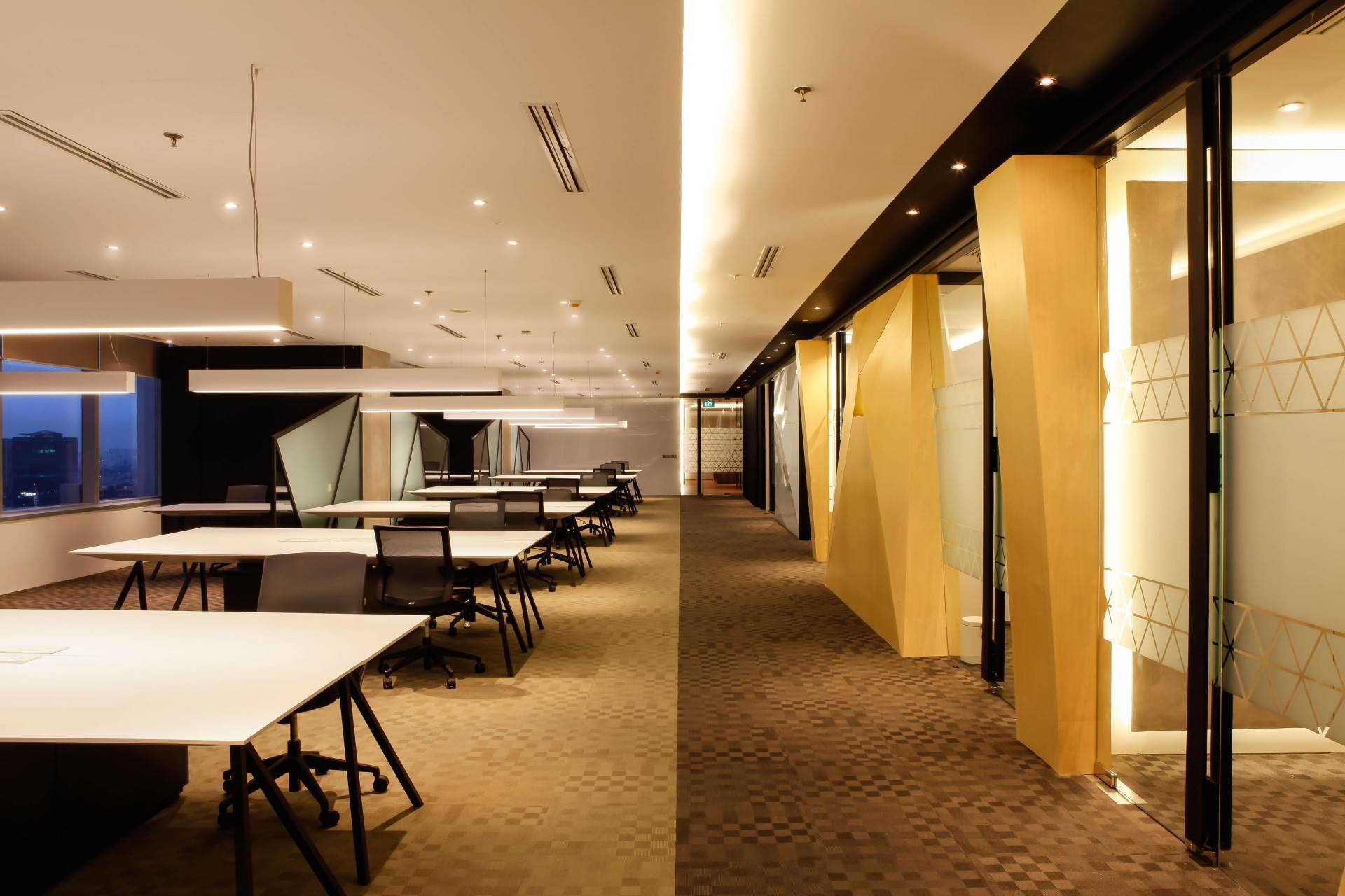 Design Intervention Antam Niterra Haltim Office At Dbs Tower Kuningan Jakarta, Indonesia Jakarta, Indonesia Workspace Minimalis,modern,glass  2608