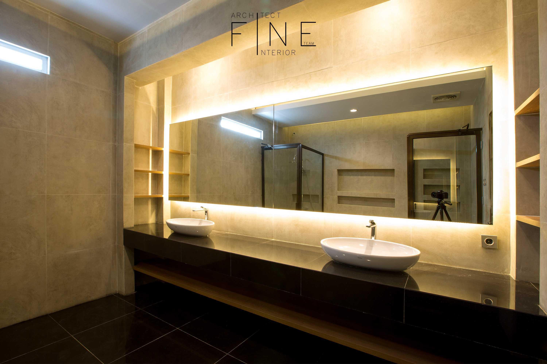 Fine Team Studio Muara Bungo Residence Muara Bungo, Jambi Muara Bungo, Jambi Bathroom Modern  16664