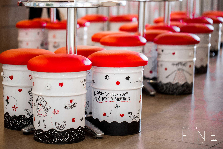 Fine Team Studio Sweet Hut Mall Cipinang Indah, Jalan Raya Kalimalang No.kav. 88, Pd. Bambu, Duren Sawit, Kota Jakarta Timur, Daerah Khusus Ibukota Jakarta 13420, Indonesia Mall Cipinang Indah Chair Detail Kontemporer  16695