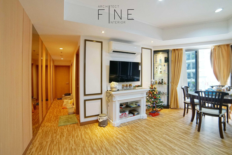 Fine Team Studio The Mansion Apartment Kemayoran, Jakarta Kemayoran, Jakarta Dining Room Klasik  23317