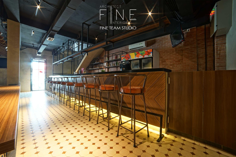 Fine Team Studio Ibza's Bar & Lounge Klp. Gading, Kota Jkt Utara, Daerah Khusus Ibukota Jakarta, Indonesia Klp. Gading, Kota Jkt Utara, Daerah Khusus Ibukota Jakarta, Indonesia Seating Area Bar Industrial  53054