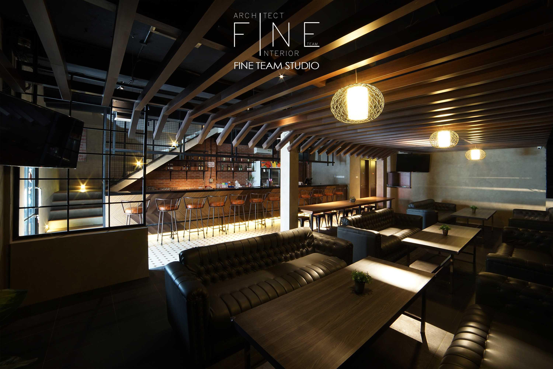 Fine Team Studio Ibza's Bar & Lounge Klp. Gading, Kota Jkt Utara, Daerah Khusus Ibukota Jakarta, Indonesia Klp. Gading, Kota Jkt Utara, Daerah Khusus Ibukota Jakarta, Indonesia Seating Area Bar Industrial  53055