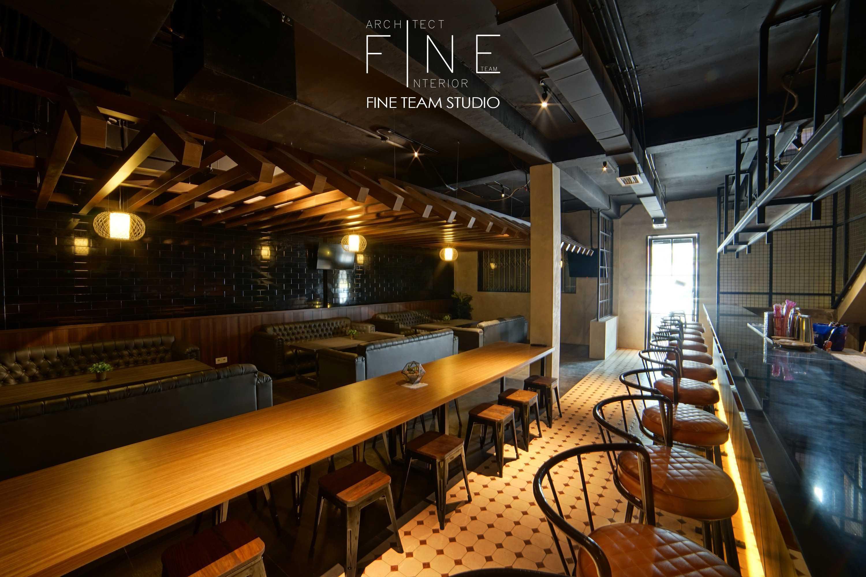 Fine Team Studio Ibza's Bar & Lounge Klp. Gading, Kota Jkt Utara, Daerah Khusus Ibukota Jakarta, Indonesia Klp. Gading, Kota Jkt Utara, Daerah Khusus Ibukota Jakarta, Indonesia Seating Area Bar Industrial  53059