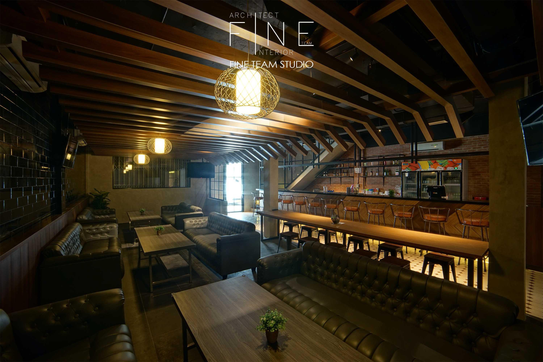 Fine Team Studio Ibza's Bar & Lounge Klp. Gading, Kota Jkt Utara, Daerah Khusus Ibukota Jakarta, Indonesia Klp. Gading, Kota Jkt Utara, Daerah Khusus Ibukota Jakarta, Indonesia Seating Area Bar Industrial  53060