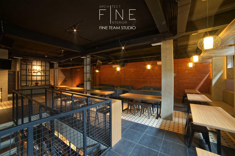 Fine Team Studio Ibza's Bar & Lounge Klp. Gading, Kota Jkt Utara, Daerah Khusus Ibukota Jakarta, Indonesia Klp. Gading, Kota Jkt Utara, Daerah Khusus Ibukota Jakarta, Indonesia Seating Area Bar Industrial  53062