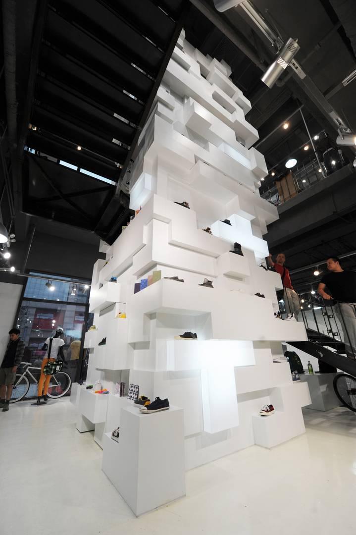 Tau Architect Source Store At Shanghai China China Goods-Shelf Industrial  3696
