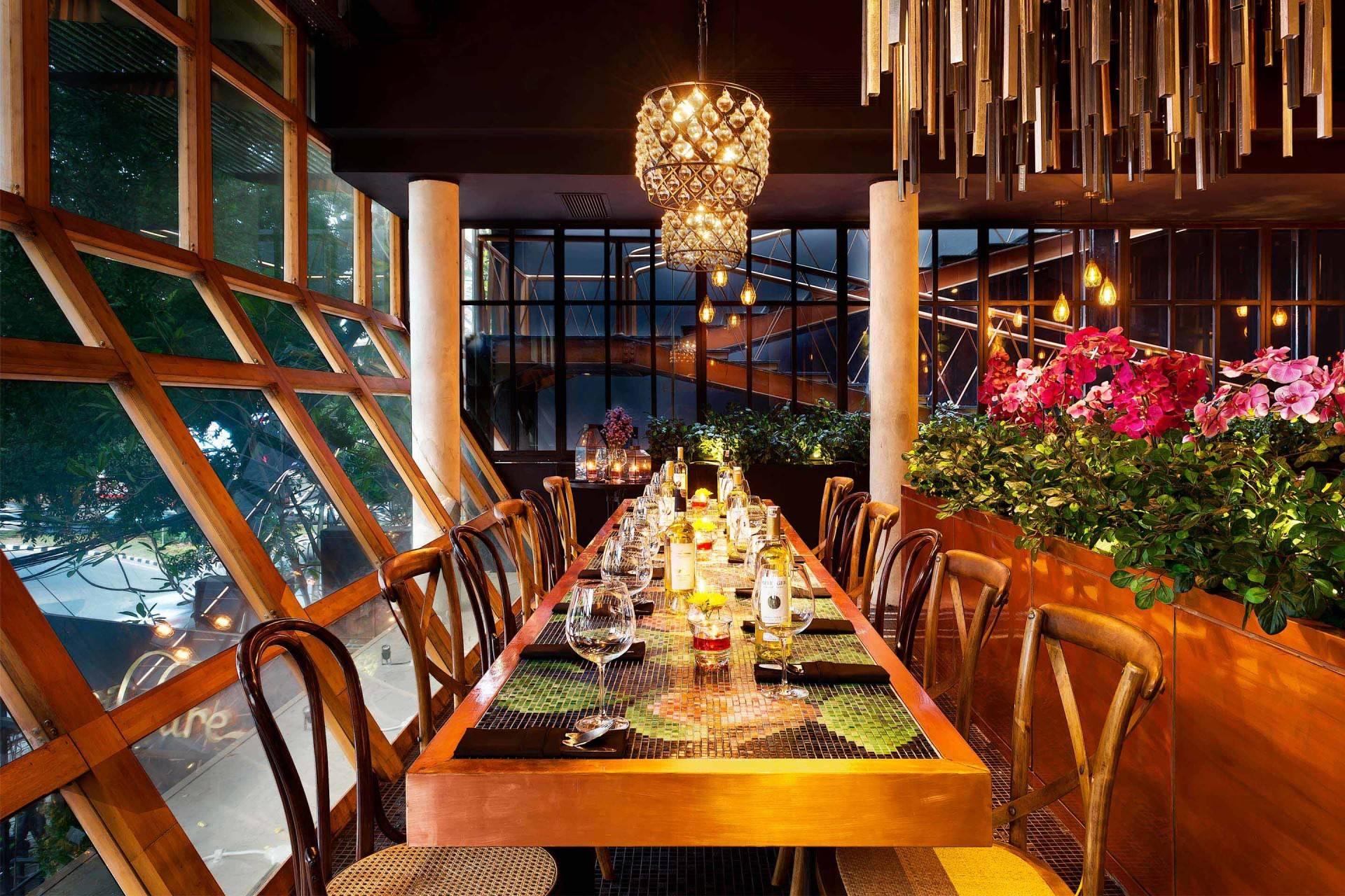 Leo Einstein Fransiscus Wilshire Restaurant Jakarta Senopati 64 - Jakarta Senopati 64 - Jakarta Seating Area Interior View Klasik  7624