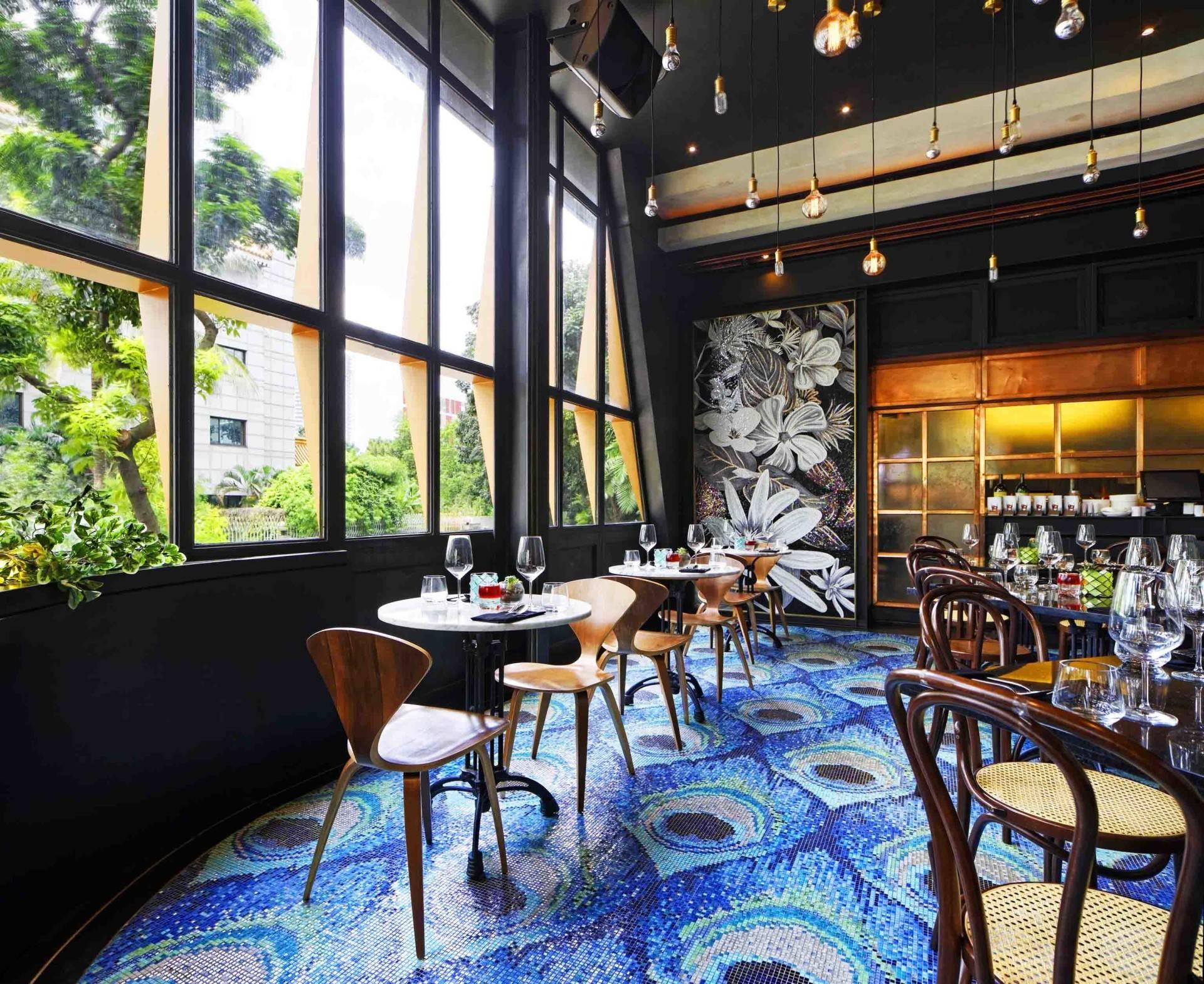 Leo Einstein Fransiscus Bottega Ristorante Mega Kuningan Mega Kuningan Seating Area Restaurant   7846