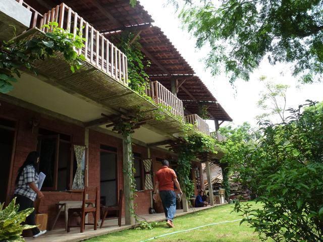 Akanoma Yu Sing Hotel Semeru At Semarang Middle Java Middle Java Rooms-View Kontemporer  4000