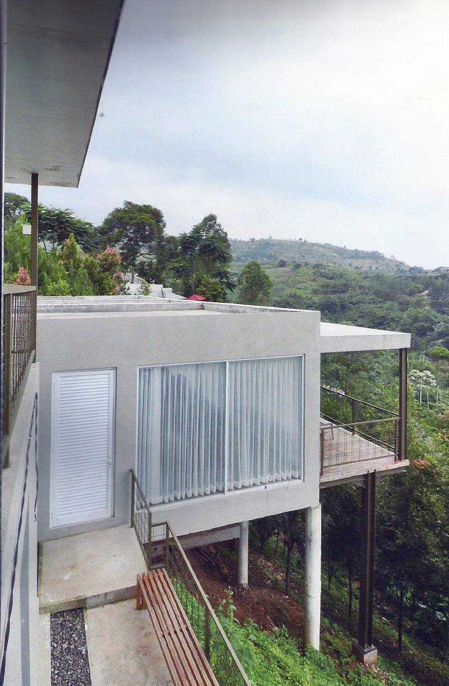 Ads Architect B3A Residence At Dago Village Bandung, West Java, Indonesia Bandung, West Java, Indonesia Eksterior-4 Modern  12561