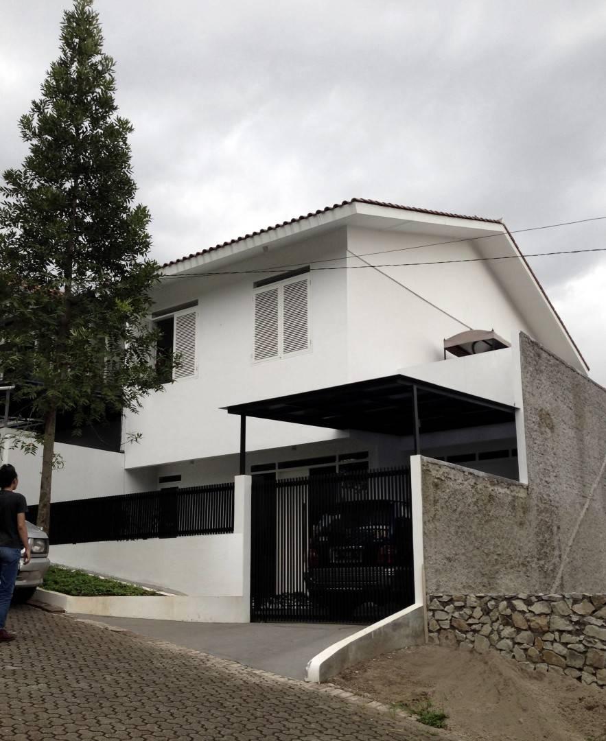 Ads Architect Cisitu House North Bandung, West Java, Indonesia North Bandung, West Java, Indonesia Front-Facade-2 Modern  4236