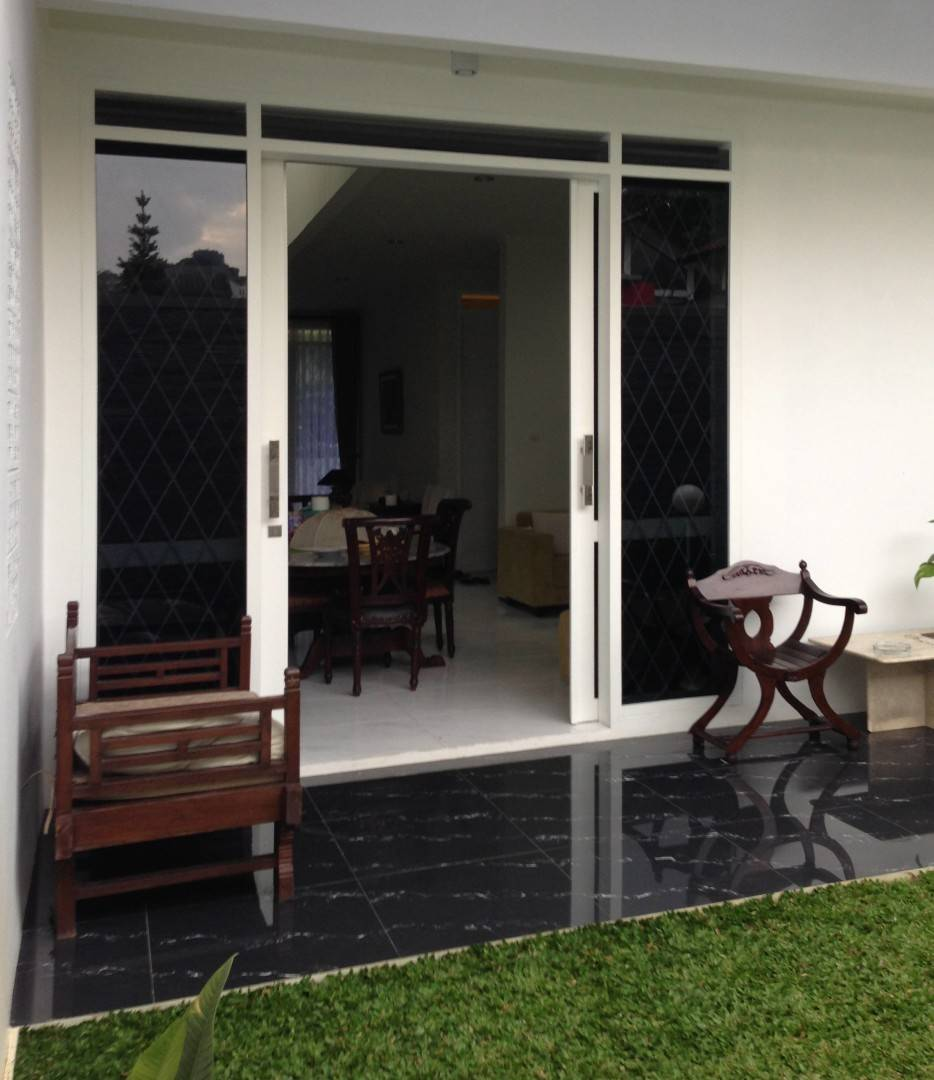 Ads Architect Cisitu House North Bandung, West Java, Indonesia North Bandung, West Java, Indonesia Backyard-Feature-Wall Modern  4239