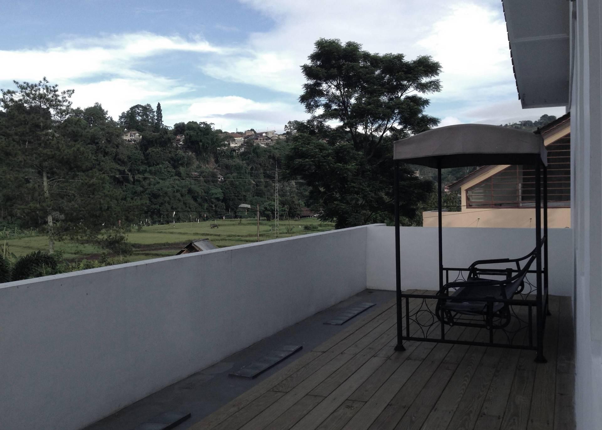 Ads Architect Cisitu House North Bandung, West Java, Indonesia North Bandung, West Java, Indonesia Rear-Facade Modern  4244