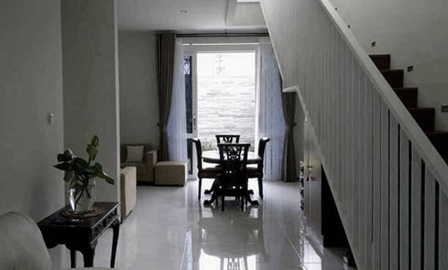 Ads Architect Cisitu House North Bandung, West Java, Indonesia North Bandung, West Java, Indonesia Staircase-Void Modern  4252