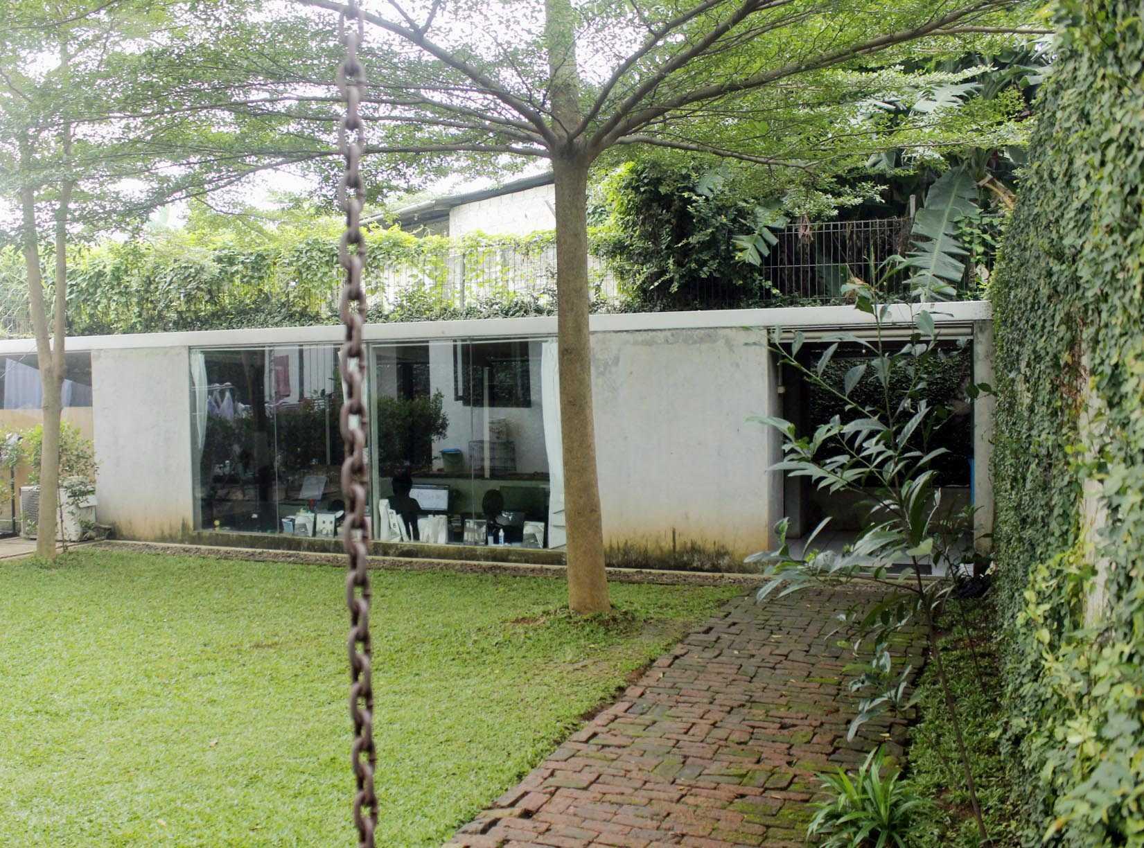 Monokroma Architect Monokroma Architect Office Lippo Karawaci Lippo Karawaci 1-Exterior Modern  23582