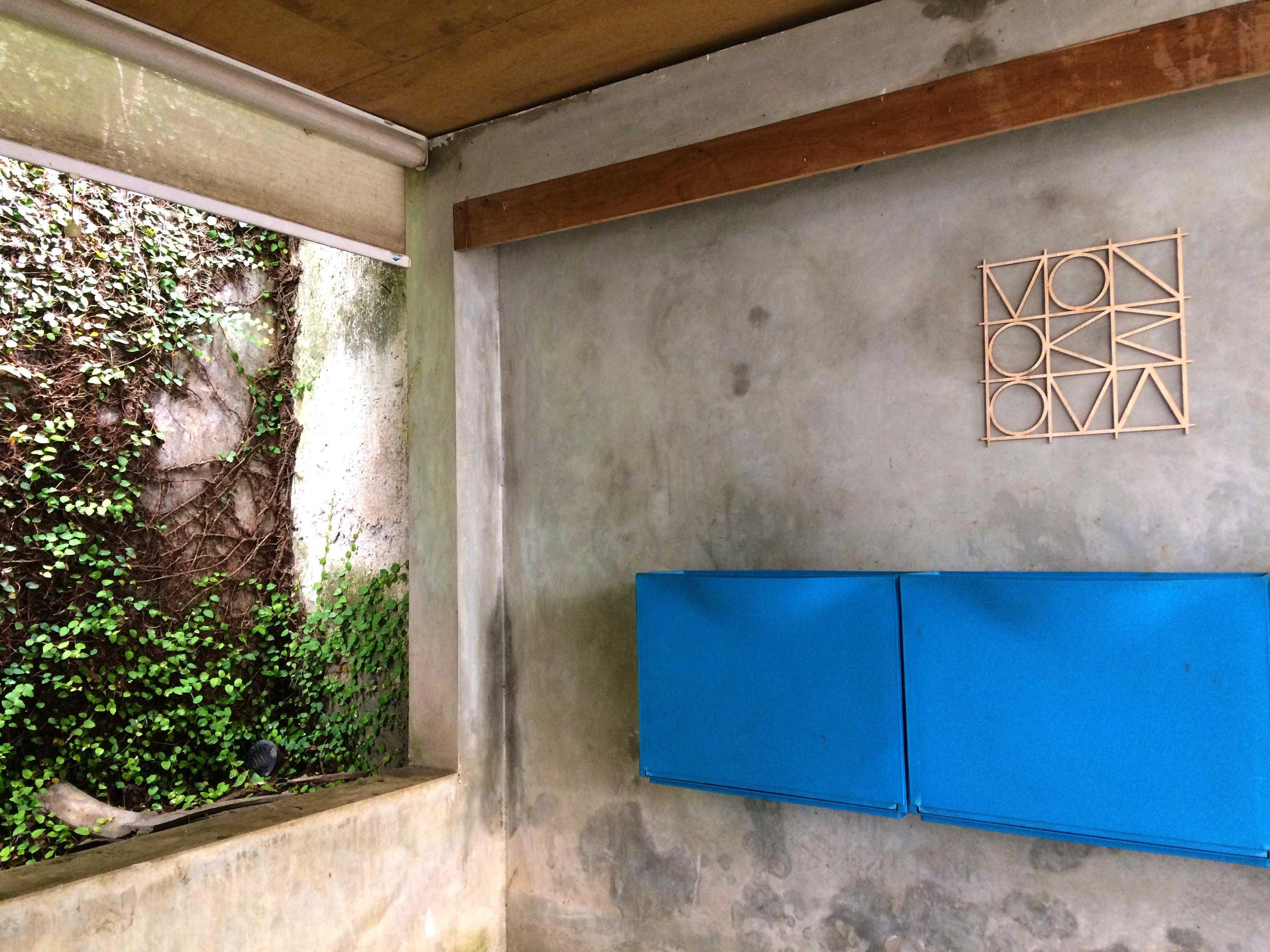 Monokroma Architect Monokroma Architect Office Lippo Karawaci Lippo Karawaci 5-Porch Modern  23586