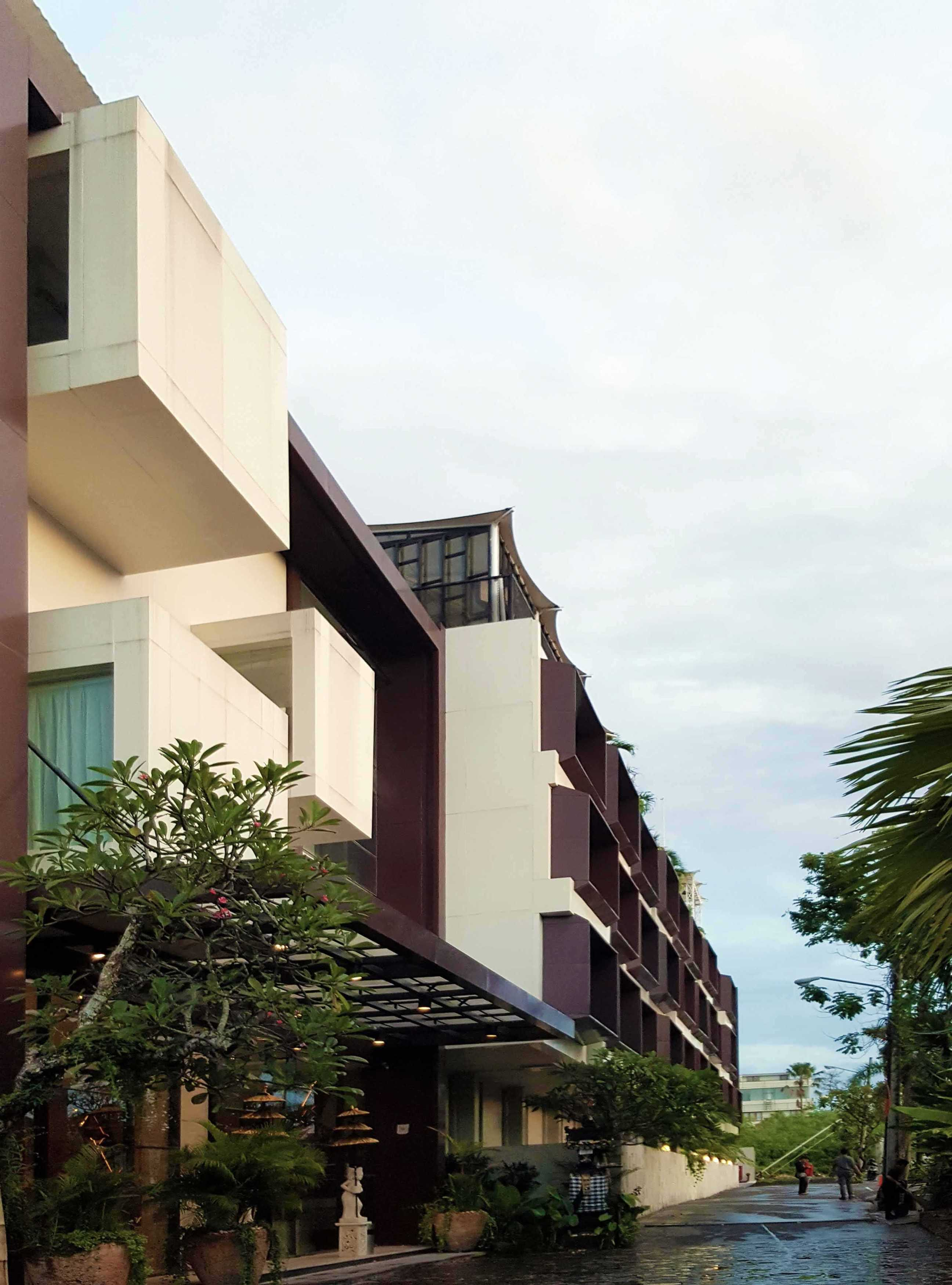 Monokroma Architect Golden Tulip Devinz Skyvilla Seminyak, Bali Seminyak, Bali Facade Contemporary  29912