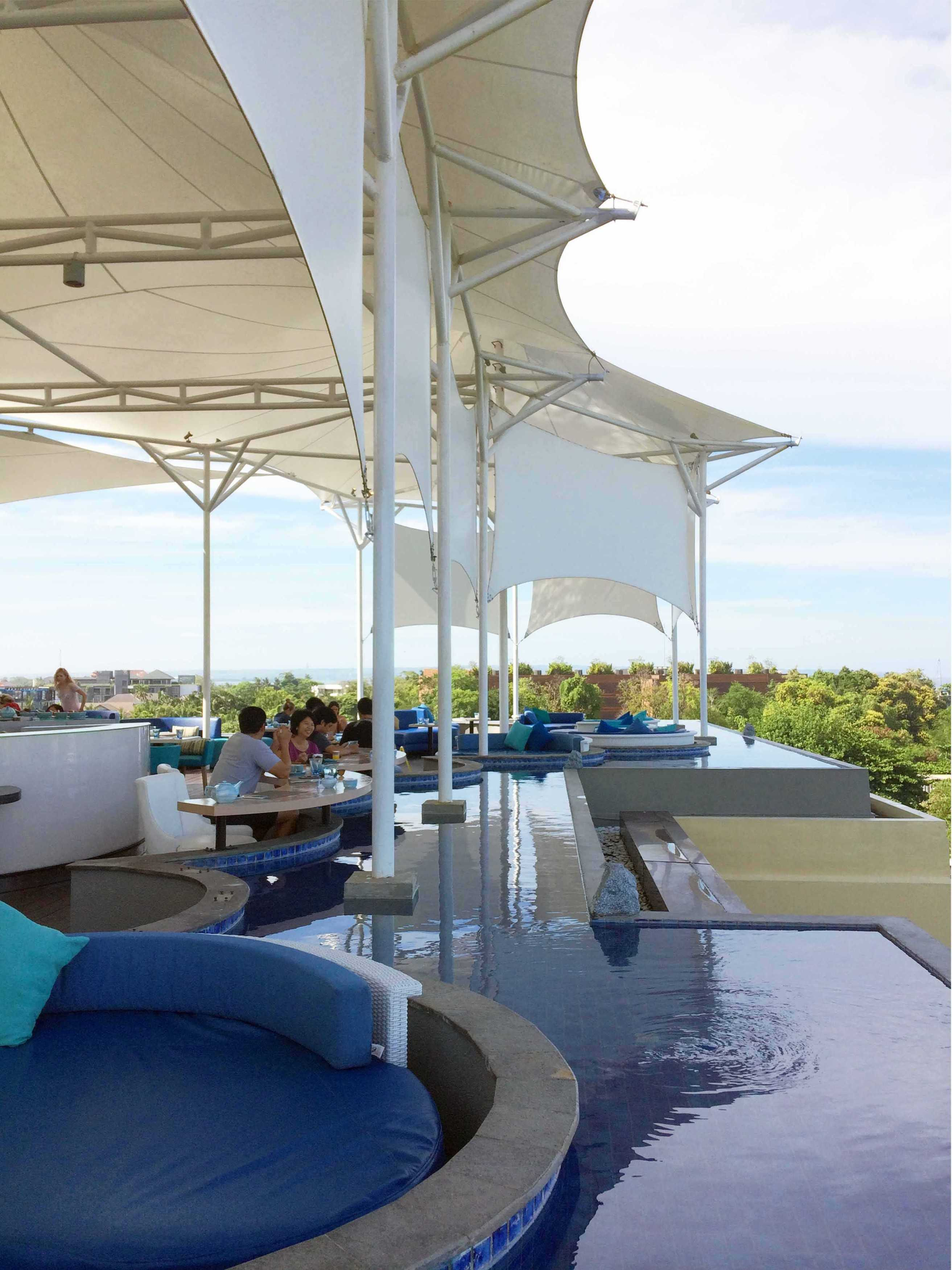 Monokroma Architect Golden Tulip Devinz Skyvilla Seminyak, Bali Seminyak, Bali Rooftop Restaurant Modern  29946