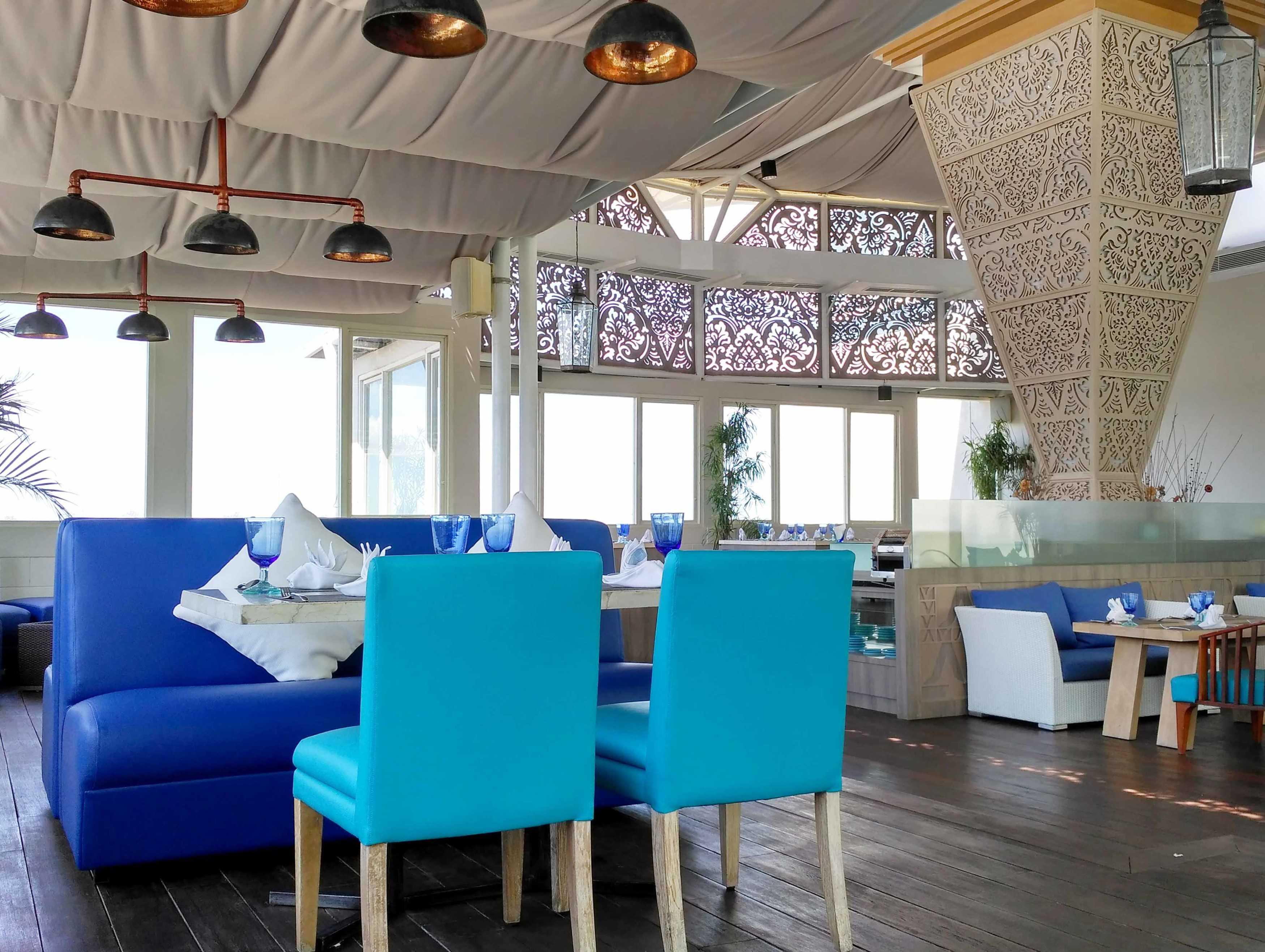 Monokroma Architect Golden Tulip Devinz Skyvilla Seminyak, Bali Seminyak, Bali Seating Area Interior View Modern  29949