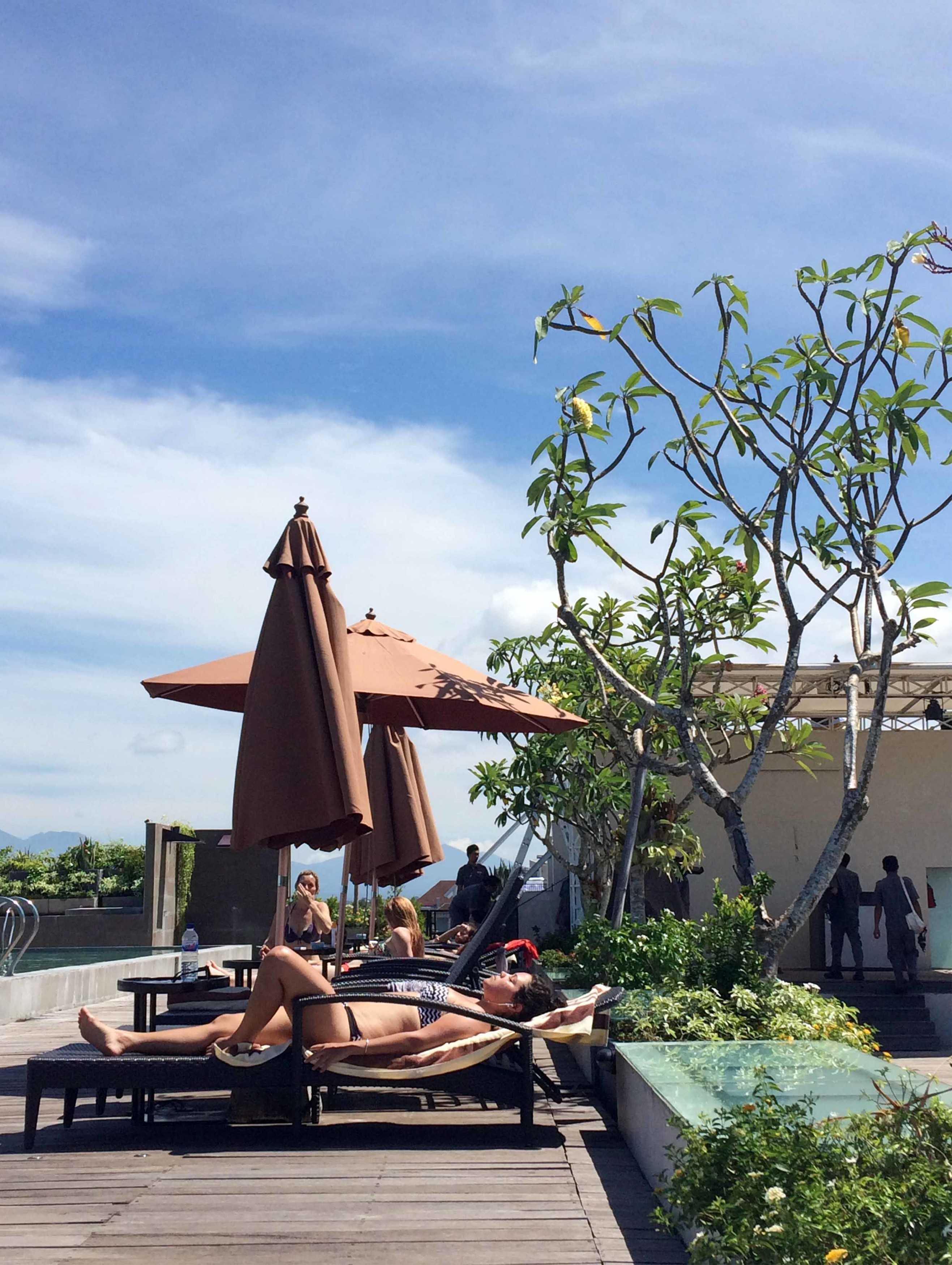 Monokroma Architect Golden Tulip Devinz Skyvilla Seminyak, Bali Seminyak, Bali Swimming Pool Area Modern  29952
